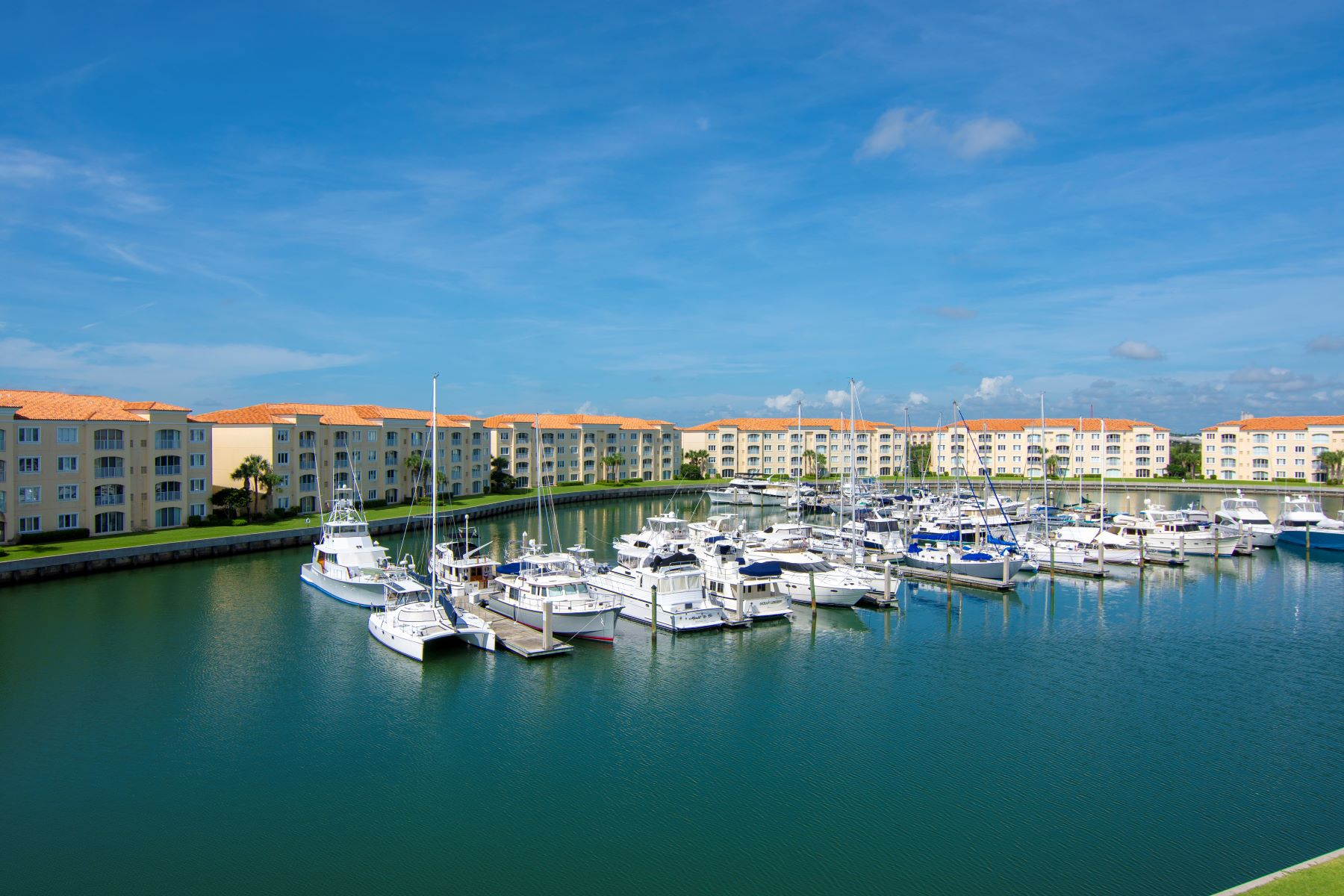 Condominiums for Sale at Penthouse Corner Unit Overlooking Harbour Isle's Prestigious Marina of Yachts 8 Harbour Isle Drive PH06 Fort Pierce, Florida 34949 United States