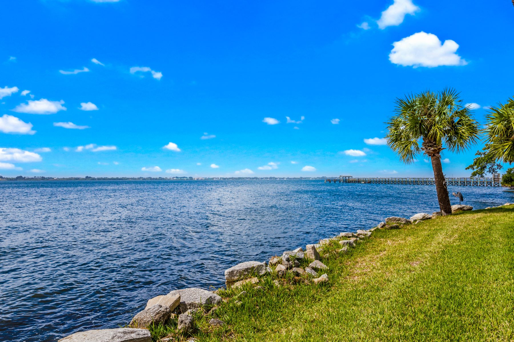 townhouses for Sale at 3262 River Villa Way Melbourne Beach, Florida 32951 United States