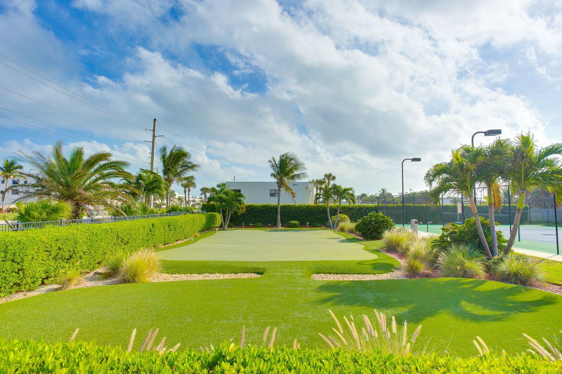 Additional photo for property listing at Totally Updated Oceanfront Condo 1805 Atlantic Street 122 Melbourne Beach, Florida 32951 United States