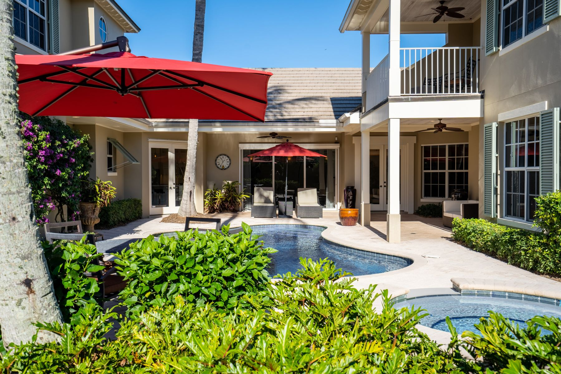 Additional photo for property listing at Courtyard Estate 945 Orchid Point Way Vero Beach, Florida 32963 United States