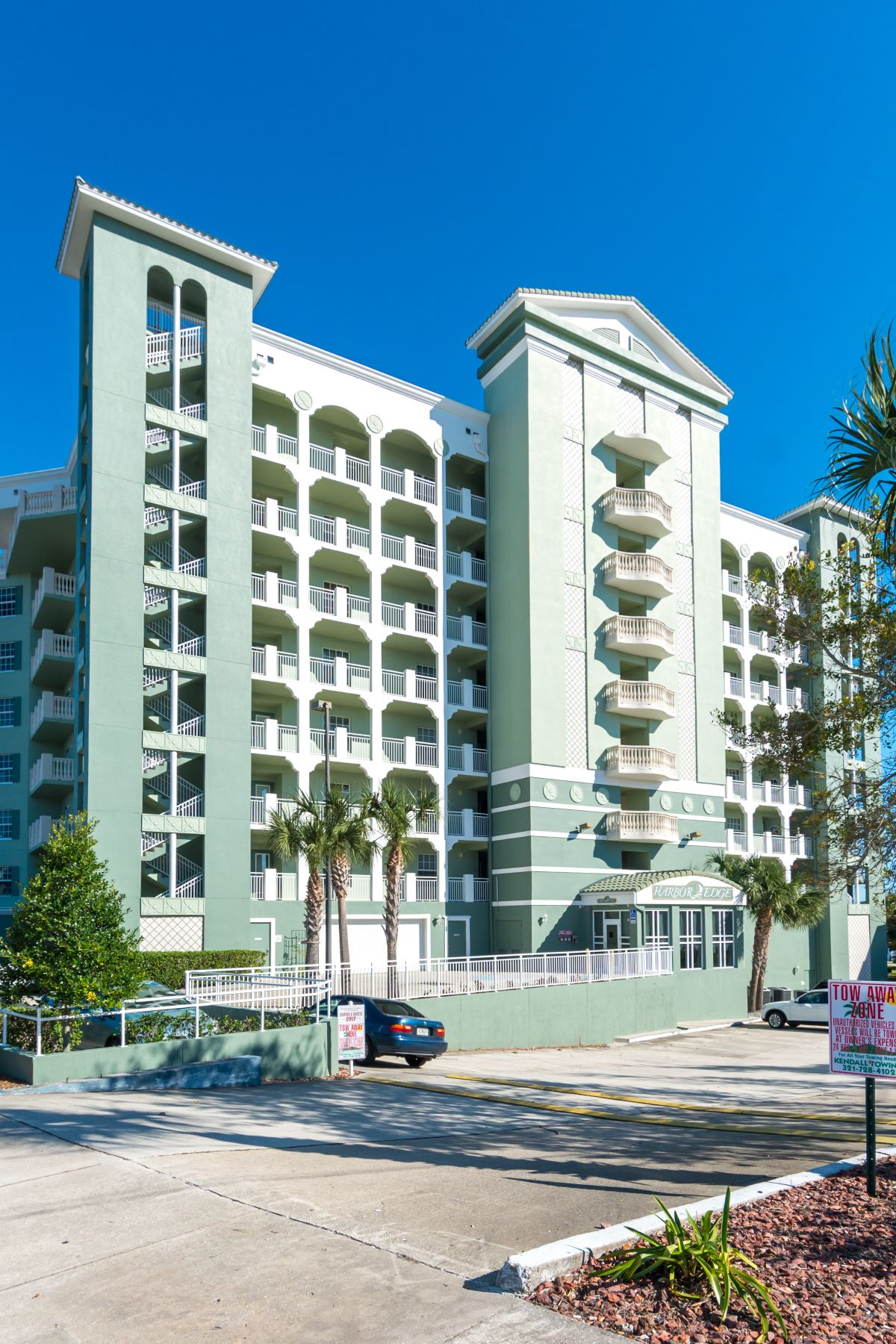 Condominiums for Sale at Enjoy Downtown Living with Spectacular Views of the Indian River 1211 E New Haven Avenue 803 Melbourne, Florida 32901 United States