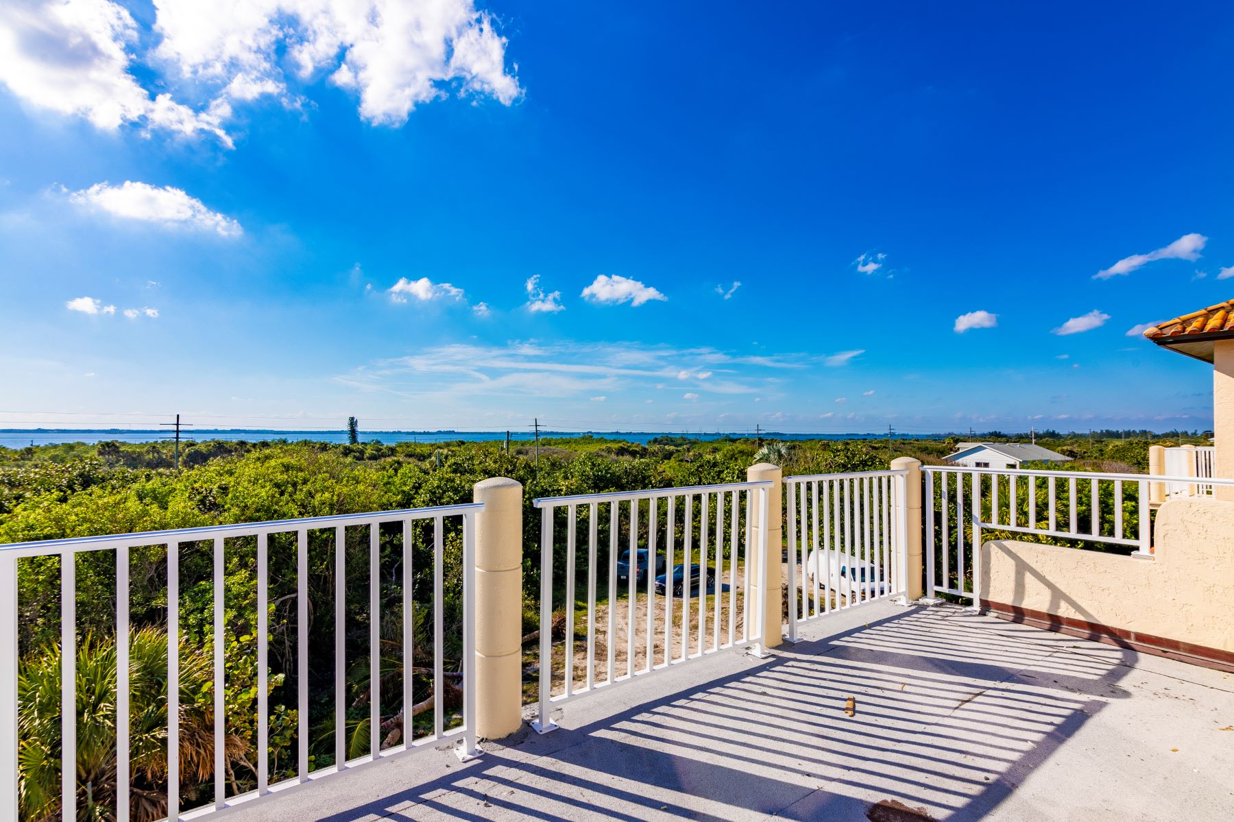 Additional photo for property listing at Oceanfront Super-Structure in Melbourne Beach 8535 S Highway A1A Melbourne Beach, Florida 32951 United States