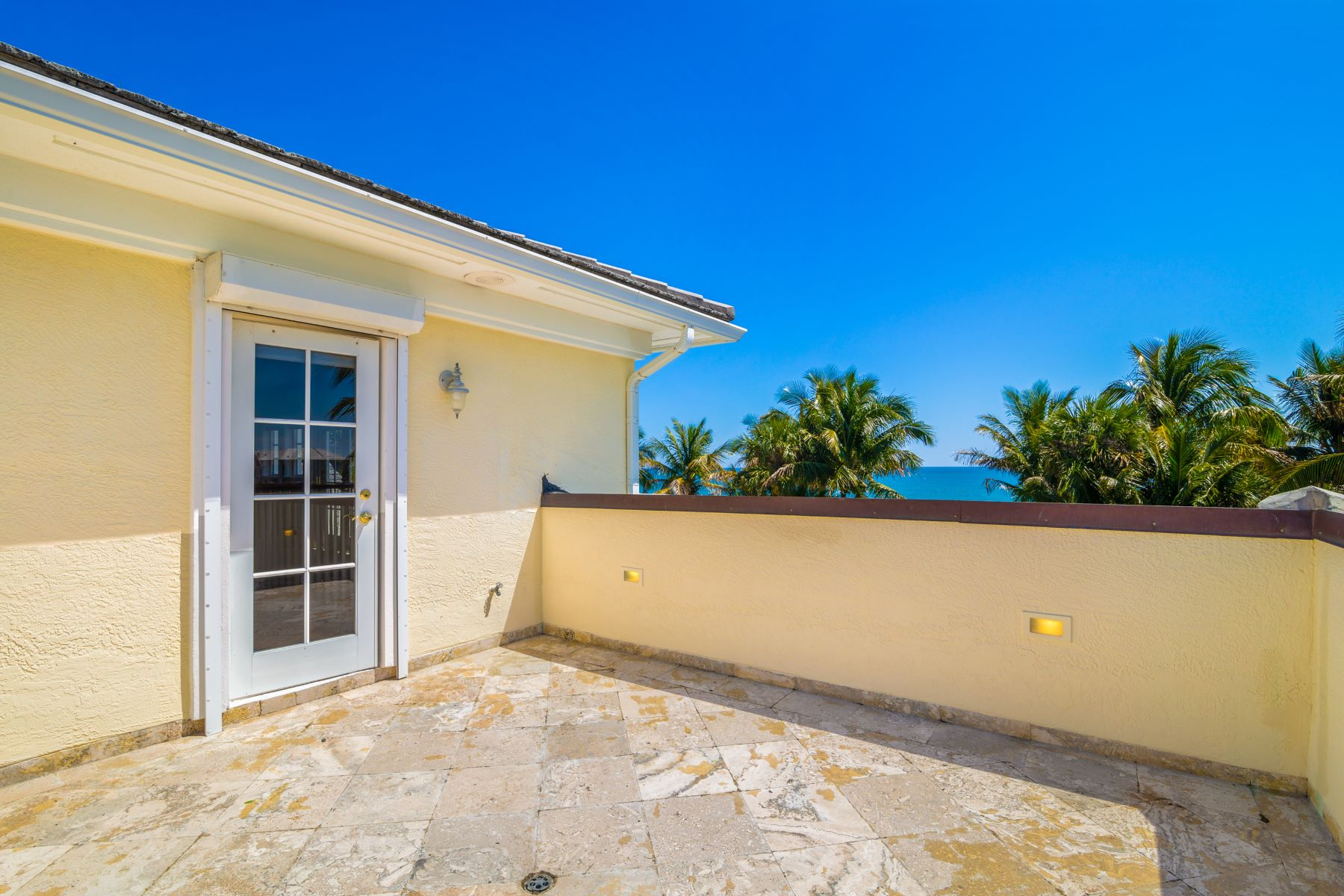 Additional photo for property listing at 960 Reef Road Vero Beach, Florida 32963 United States