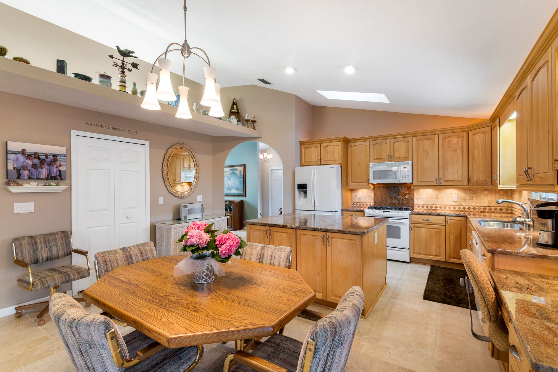 Additional photo for property listing at 284 Hiawatha Way Melbourne Beach, Florida 32951 United States