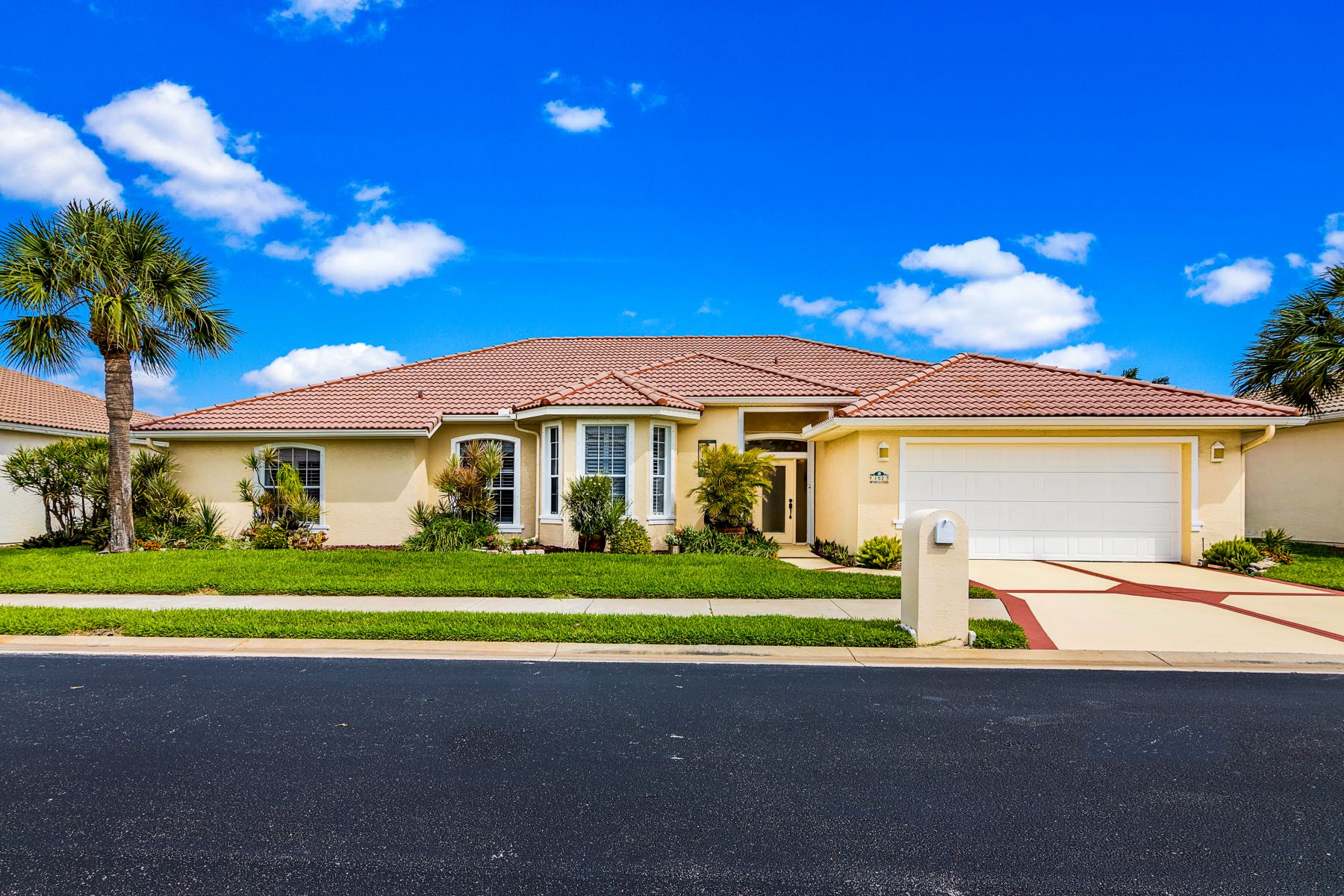 Single Family Homes for Sale at 152 Sanibel Way Melbourne Beach, Florida 32951 United States
