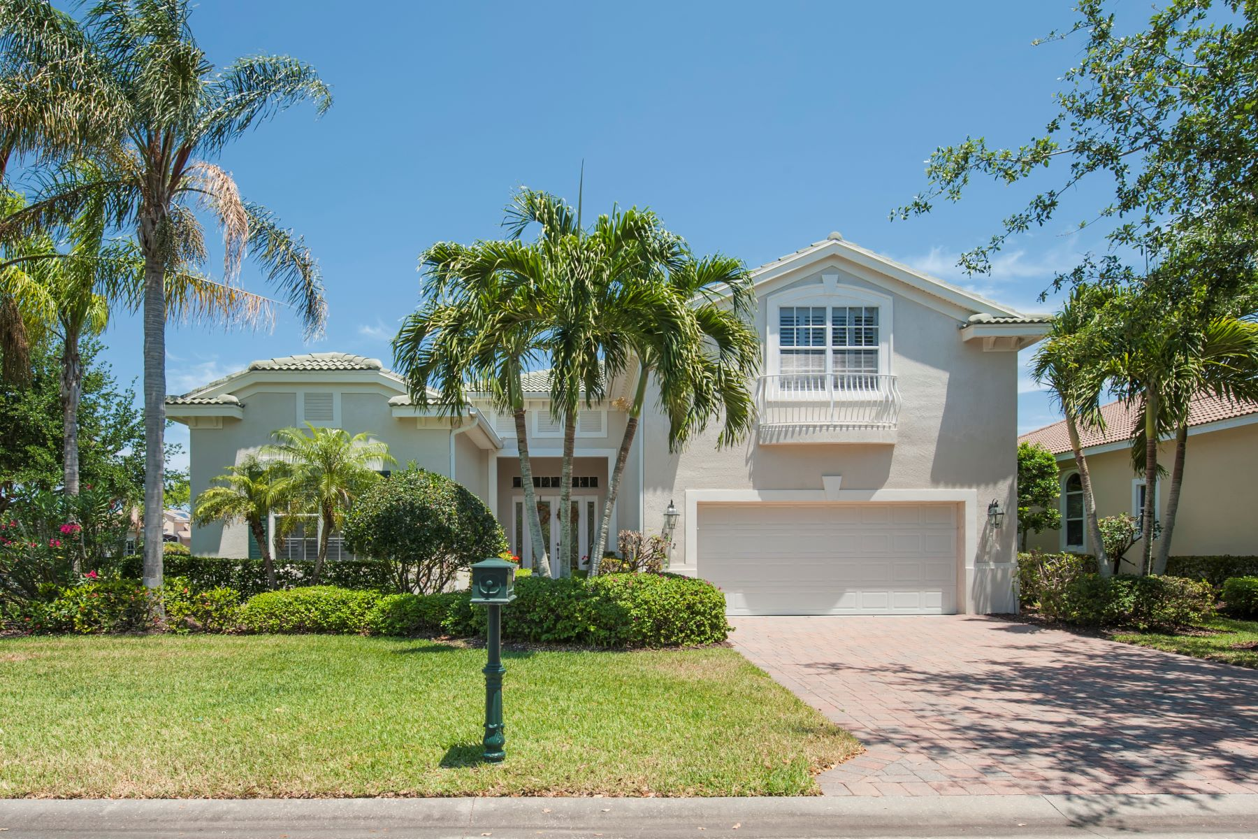 Single Family Homes for Rent at 1292 W Island Club Square Vero Beach, Florida 32963 United States