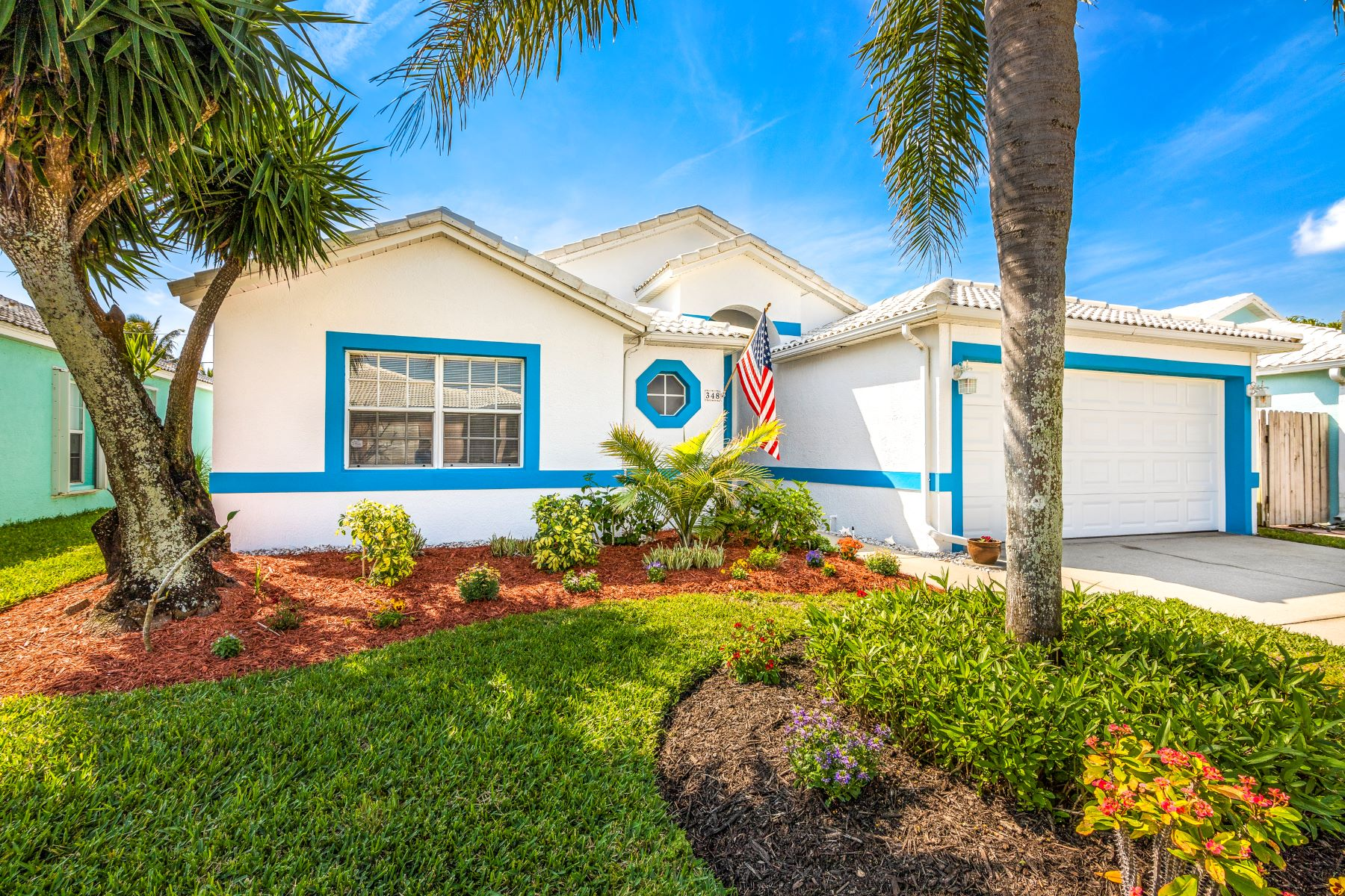 Single Family Homes for Sale at 348 Las Olas Drive Melbourne Beach, Florida 32951 United States