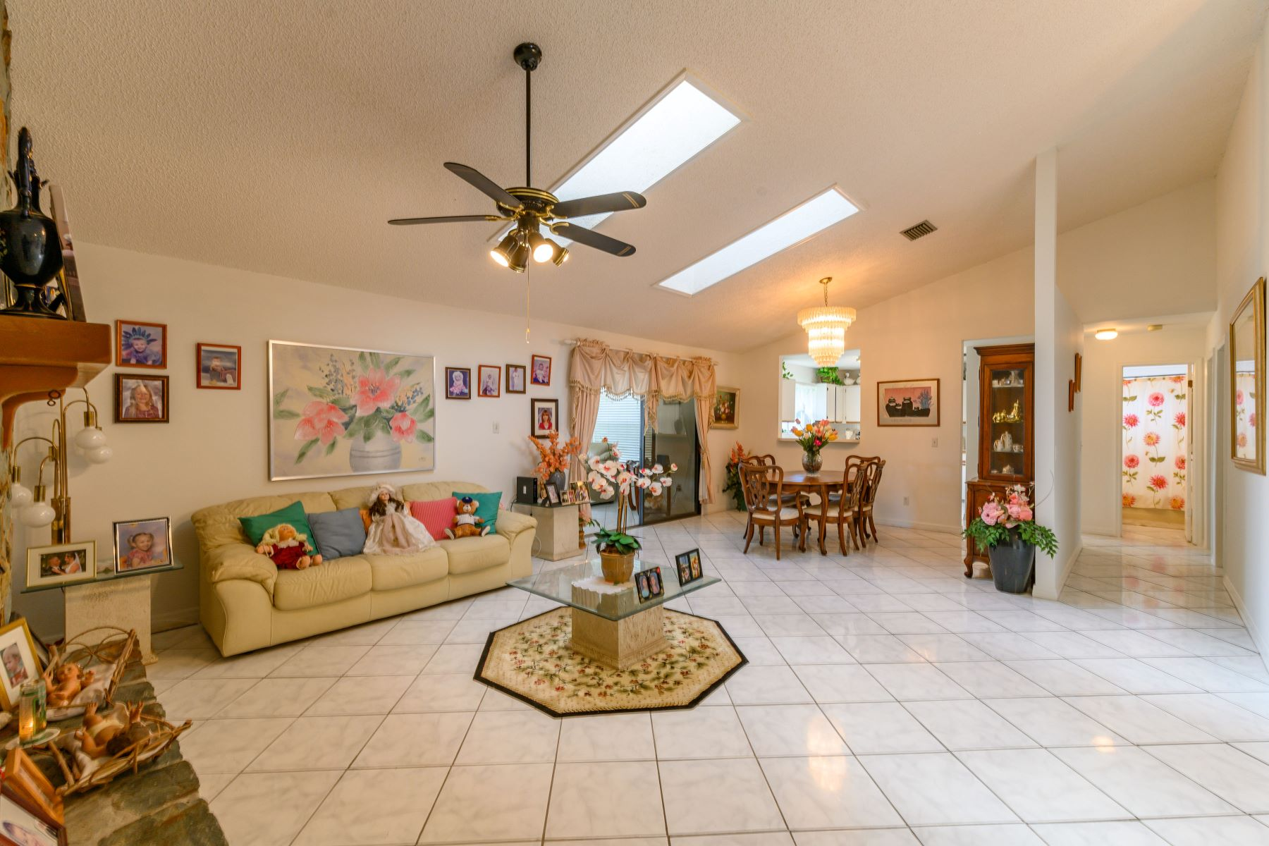 Additional photo for property listing at 1366 Lerici Nw Street Palm Bay, Florida 32907 United States