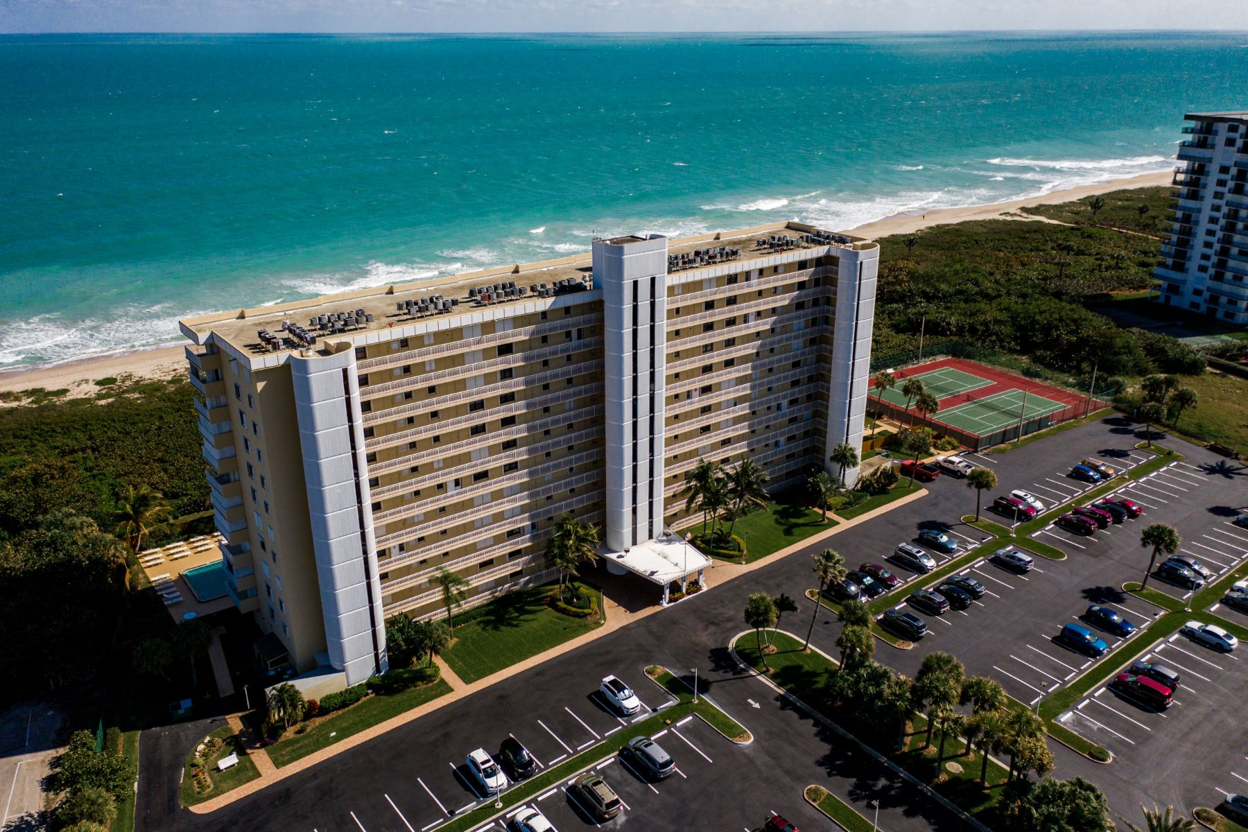 Condominiums for Sale at 3200 N Highway A1A 409 Hutchinson Island, Florida 34949 United States