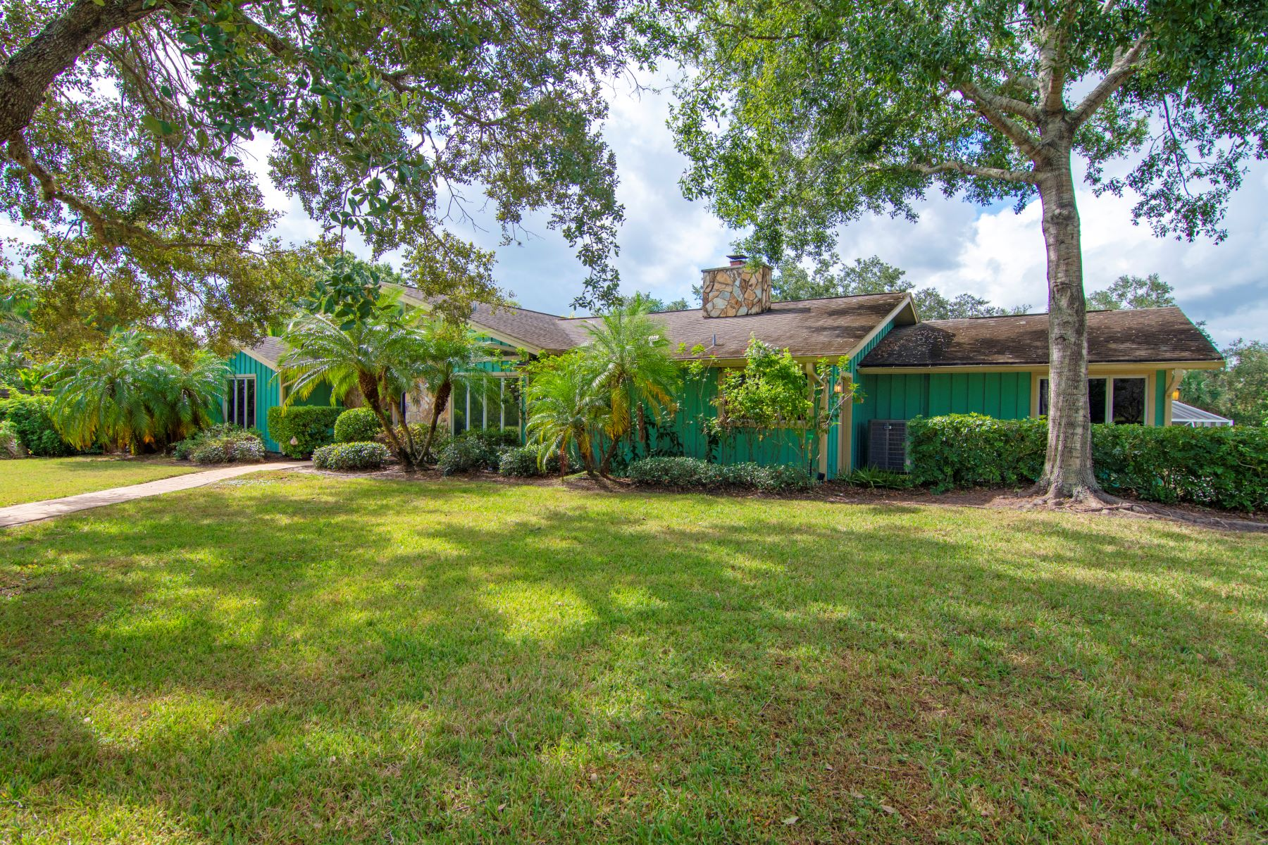 Additional photo for property listing at 548 Cross Creek Circle Sebastian, Florida 32958 United States
