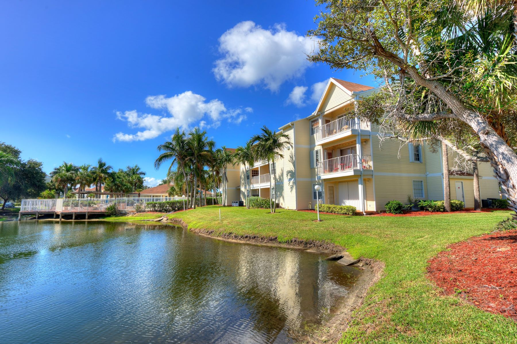 Condominiums for Rent at 1951 Island Club Drive 39 Indialantic, Florida 32903 United States