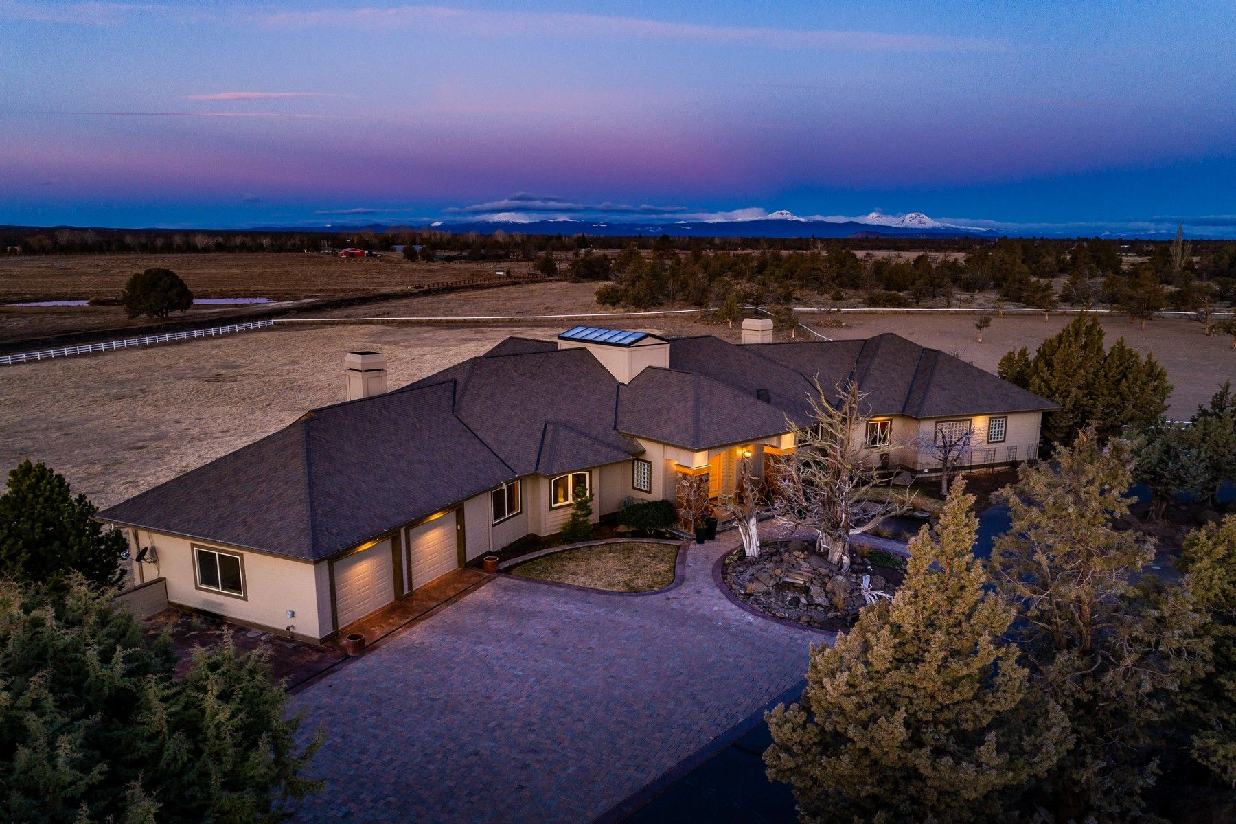 Other Residential Homes for Active at 23770 Dodds Road Bend, OR 97701 23770 Dodds Road Bend, Oregon 97701 United States