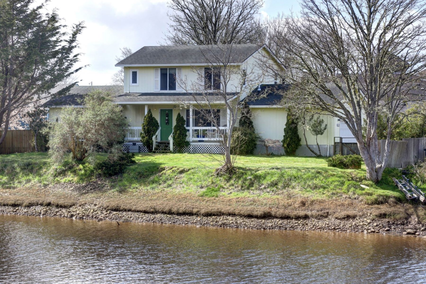 Other Residential Homes for Active at 1259 9th Ave Seaside, OR 97138 1259 9th Ave Seaside, Oregon 97138 United States