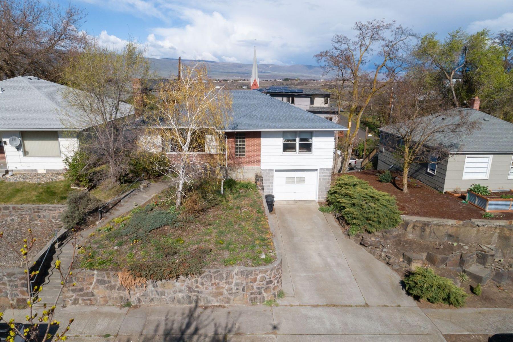 Other Residential Homes για την Πώληση στο 307 W 6TH The Dalles, OR 97058 The Dalles, Ορεγκον 97058 Ηνωμένες Πολιτείες