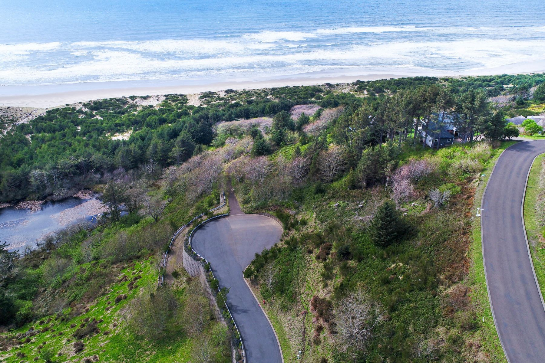 Land for Active at 8500 Sahhali Drive Neskowin, OR 97149 8500 Sahhali Drive Neskowin, Oregon 97149 United States