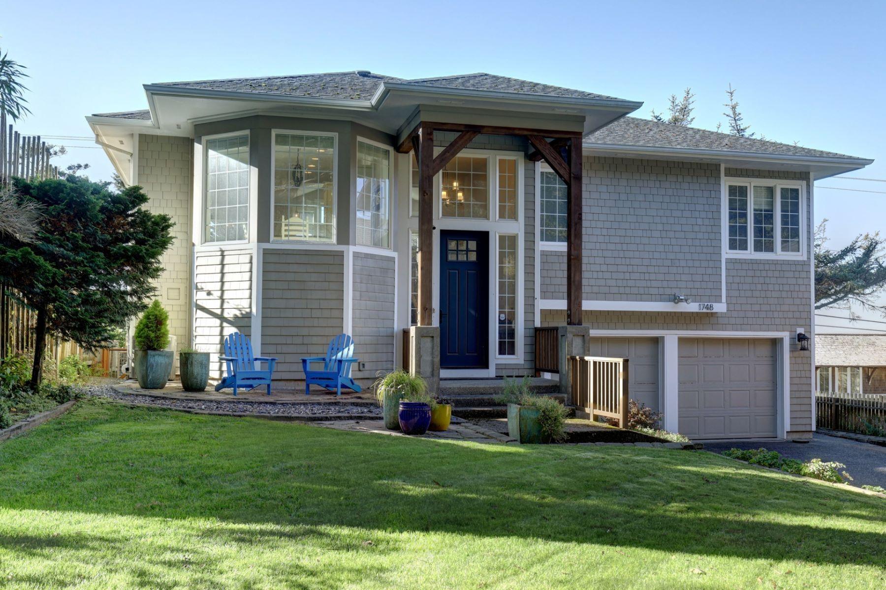 Other Residential Homes για την Πώληση στο 1748 View Point Terrace Cannon Beach, OR 97110 Cannon Beach, Ορεγκον 97110 Ηνωμένες Πολιτείες
