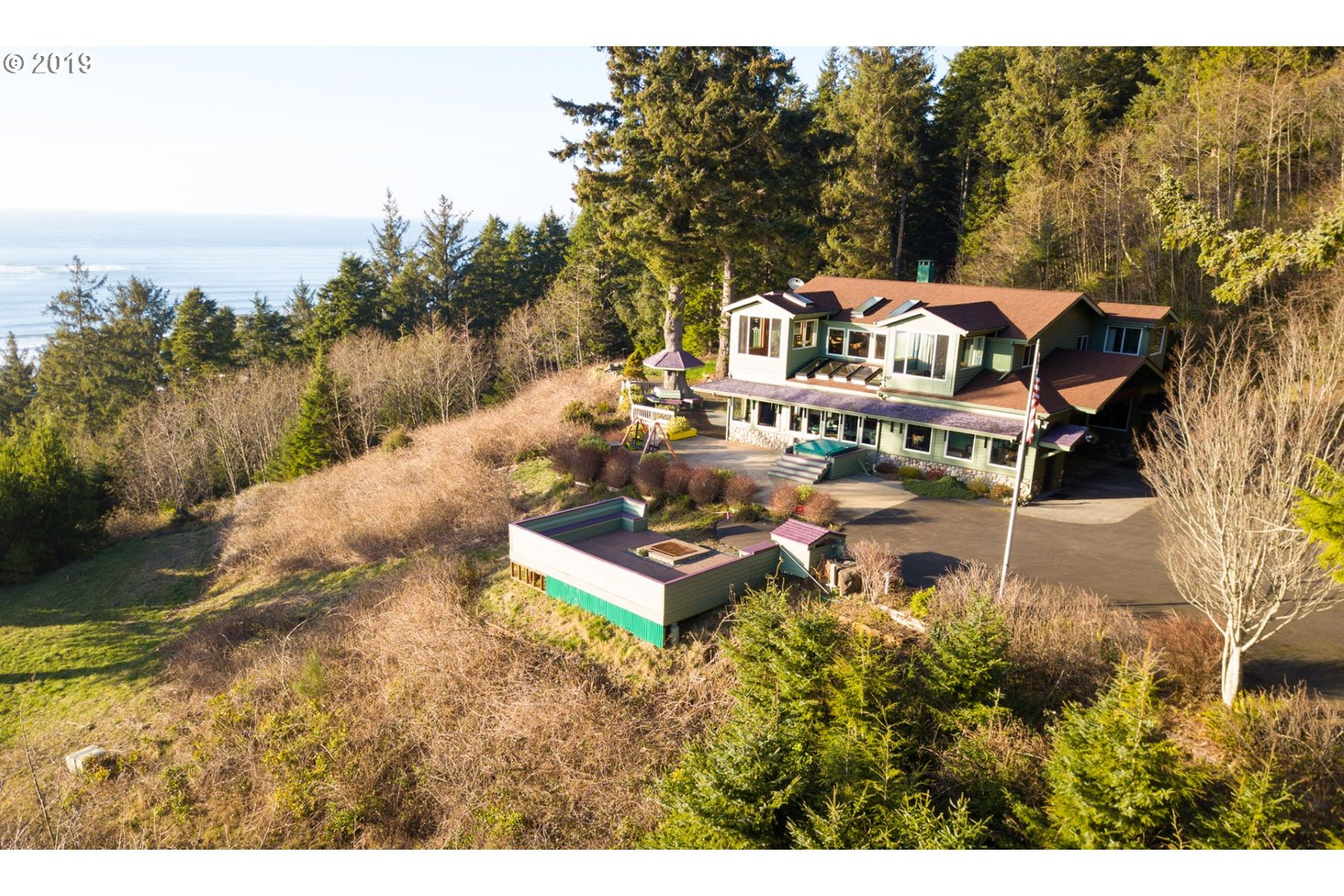 Single Family Homes for Active at Stunning Family Estate 32307 Ruby Lane Cannon Beach, Oregon 97110 United States