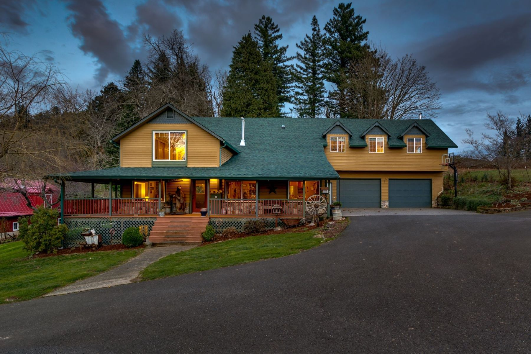 Other Residential Homes 為 出售 在 642 BELLE CENTER RD Washougal, WA 98671 Washougal, 華盛頓州 98671 美國