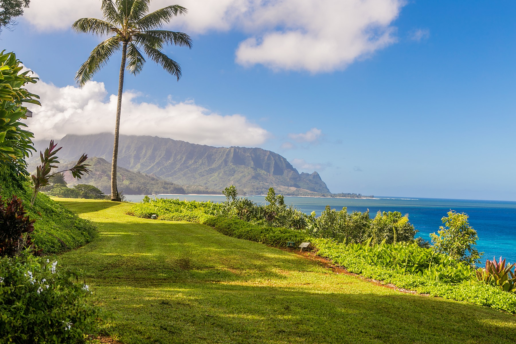 Condominiums for Sale at 5300 KA HAKU RD #119 PRINCEVILLE, HI 96722 5300 KA HAKU RD #119 Princeville, Hawaii 96722 United States
