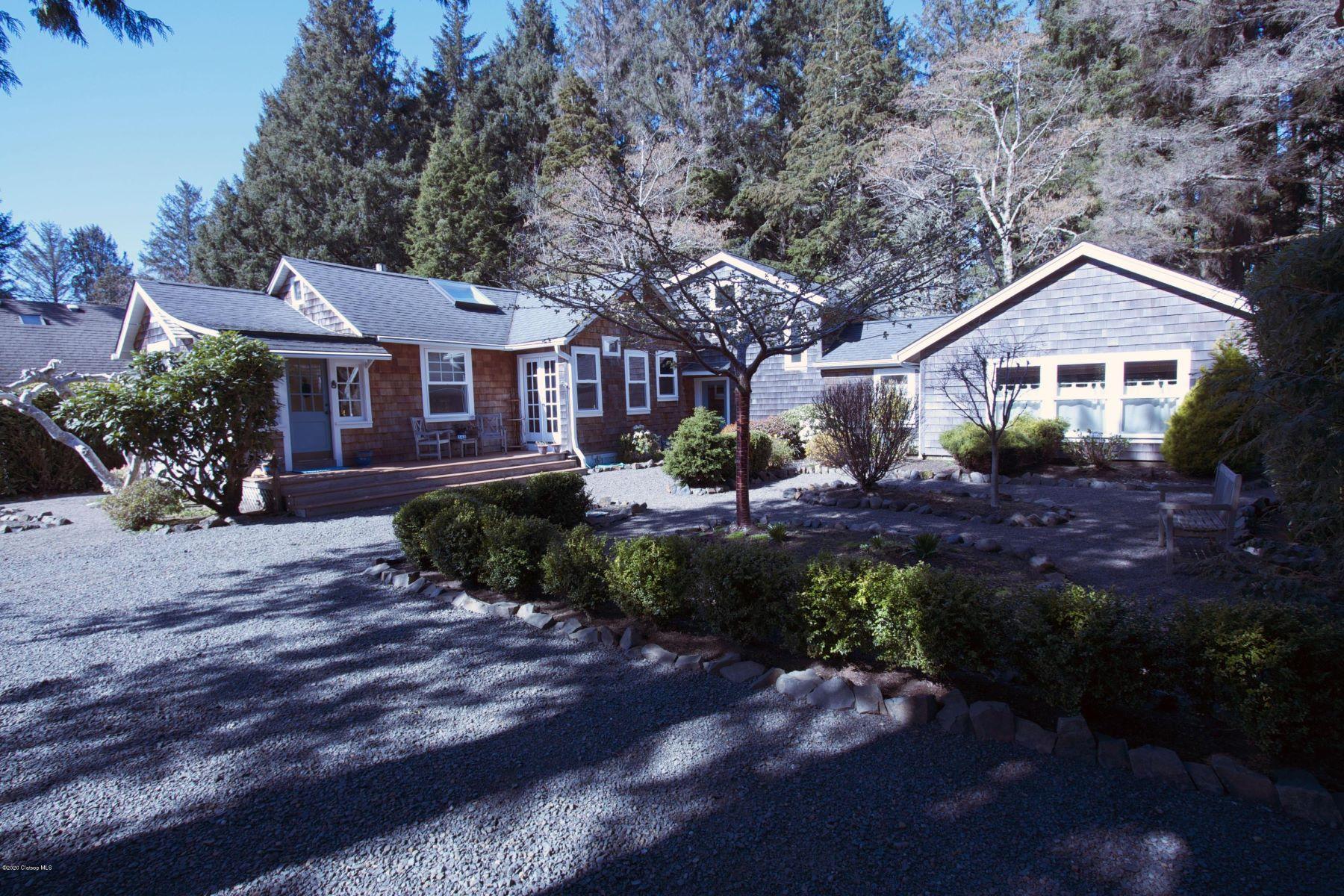 Other Residential Homes για την Πώληση στο 340 E Monroe St Cannon Beach, OR 97110 Cannon Beach, Ορεγκον 97110 Ηνωμένες Πολιτείες