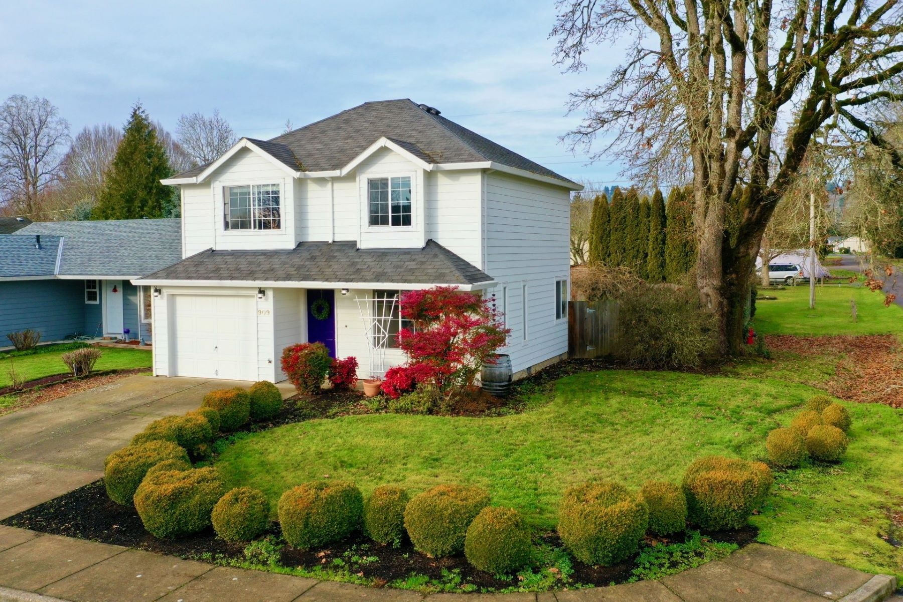 Other Residential Homes για την Πώληση στο 909 SE OAK ST Dundee, OR 97115 Dundee, Ορεγκον 97115 Ηνωμένες Πολιτείες