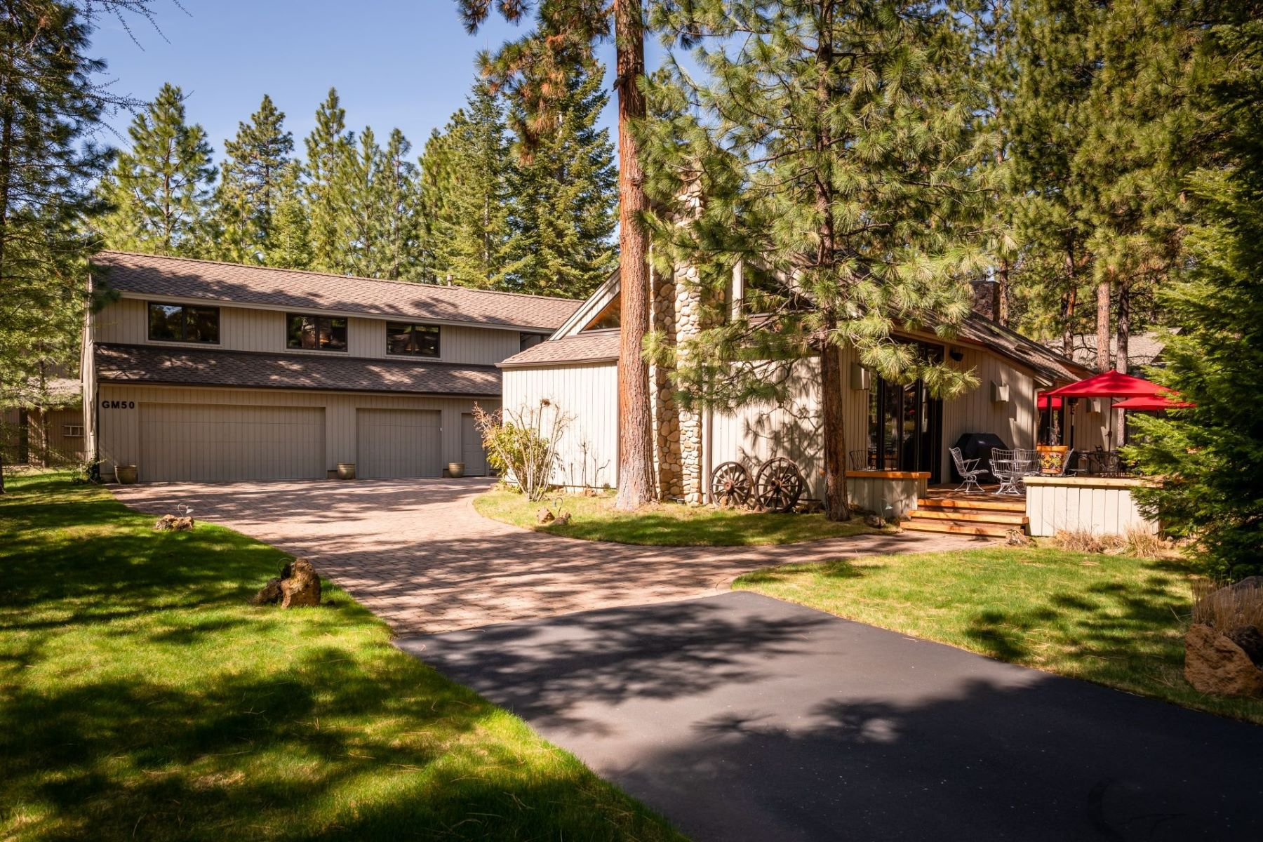 Other Residential Homes for Active at 13745 Ground Fir #GM50 Black Butte Ranch, OR 97759 13745 Ground Fir #GM50 Black Butte Ranch, Oregon 97759 United States