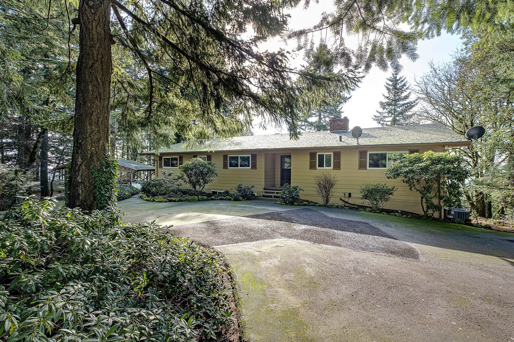 Other Residential Homes για την Πώληση στο 17400 NE HILLSBORO HWY Newberg, OR 97132 Newberg, Ορεγκον 97132 Ηνωμένες Πολιτείες