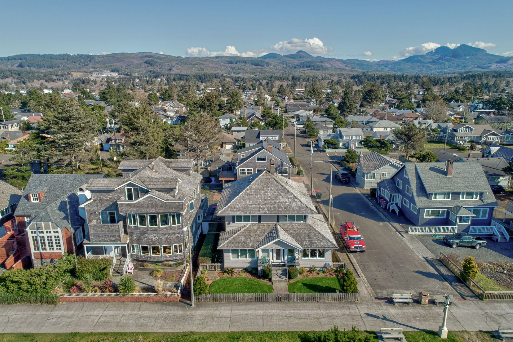 Other Residential Homes for Active at 1781 S Prom Seaside, OR 97138 1781 S Prom Seaside, Oregon 97138 United States