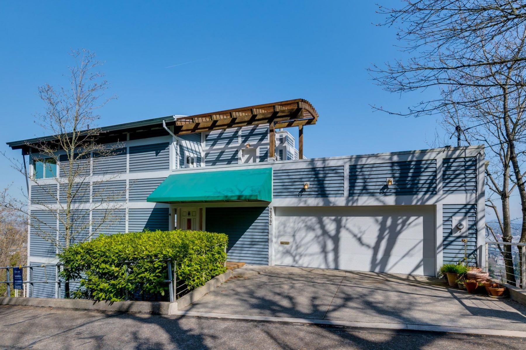 Other Residential Homes για την Πώληση στο 2322 SW SHEFFIELD AVE Portland, OR 97201 Portland, Ορεγκον 97201 Ηνωμένες Πολιτείες