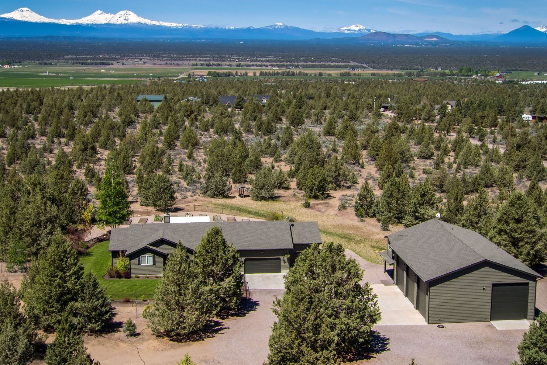 Other Residential Homes for Active at 11600 SW Reif Road Powell Butte, OR 97753 11600 SW Reif Road Powell Butte, Oregon 97753 United States