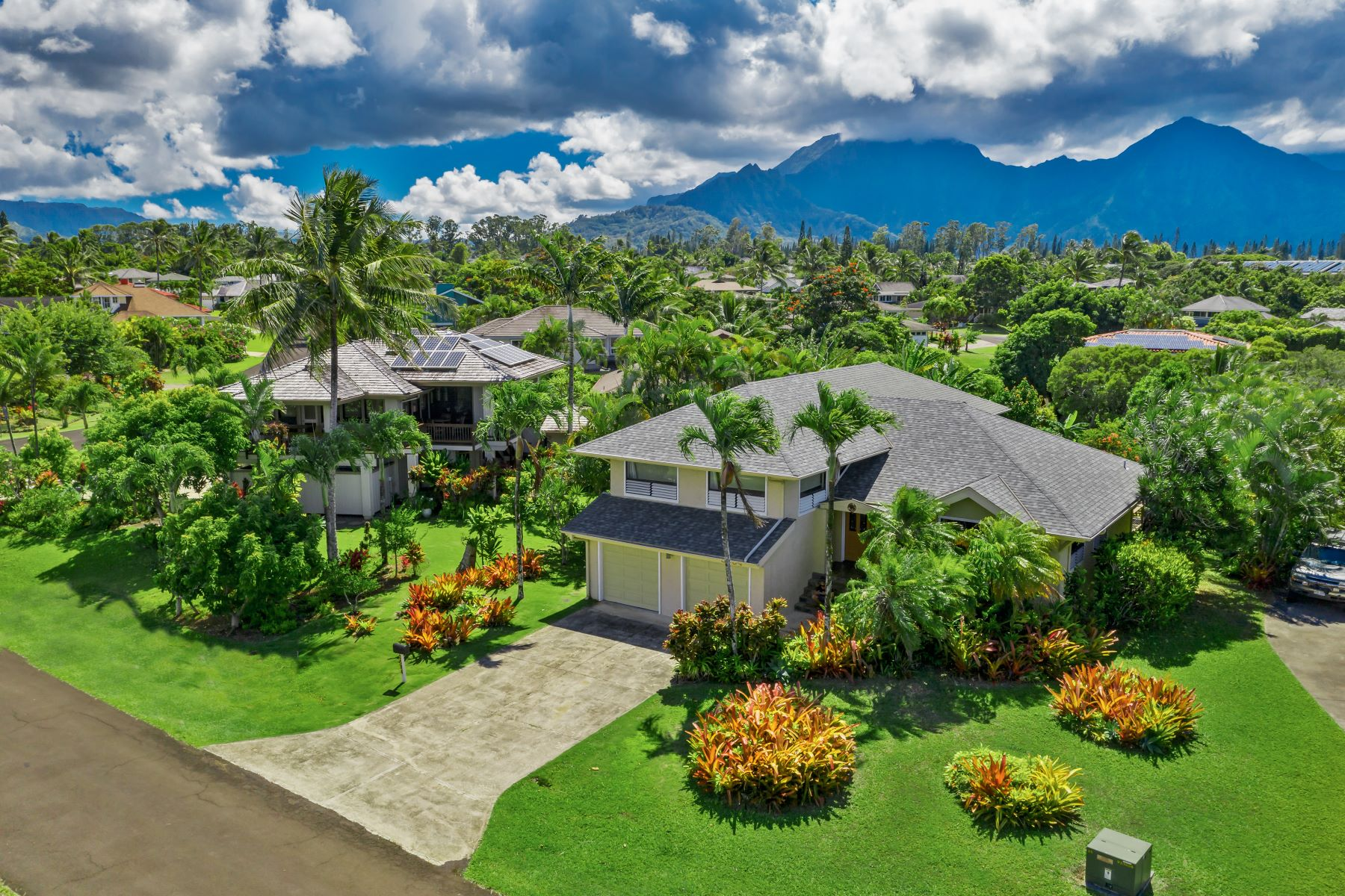 Single Family Homes for Sale at 3584 KAWEONUI RD PRINCEVILLE, HI 96722 3584 KAWEONUI RD Princeville, Hawaii 96722 United States
