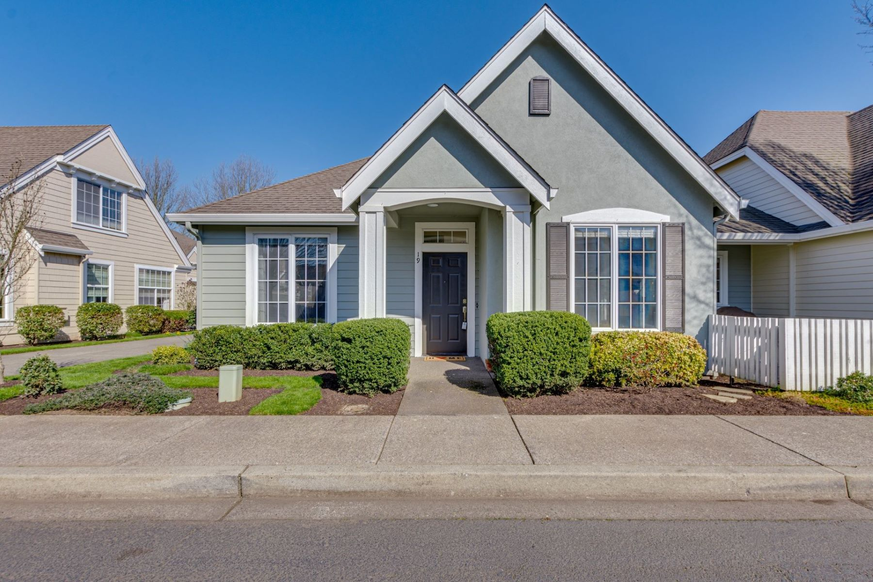 Condominiums for Sale at 17146 SE 23RD DR 19 Vancouver, WA 98683 Vancouver, Washington 98683 United States