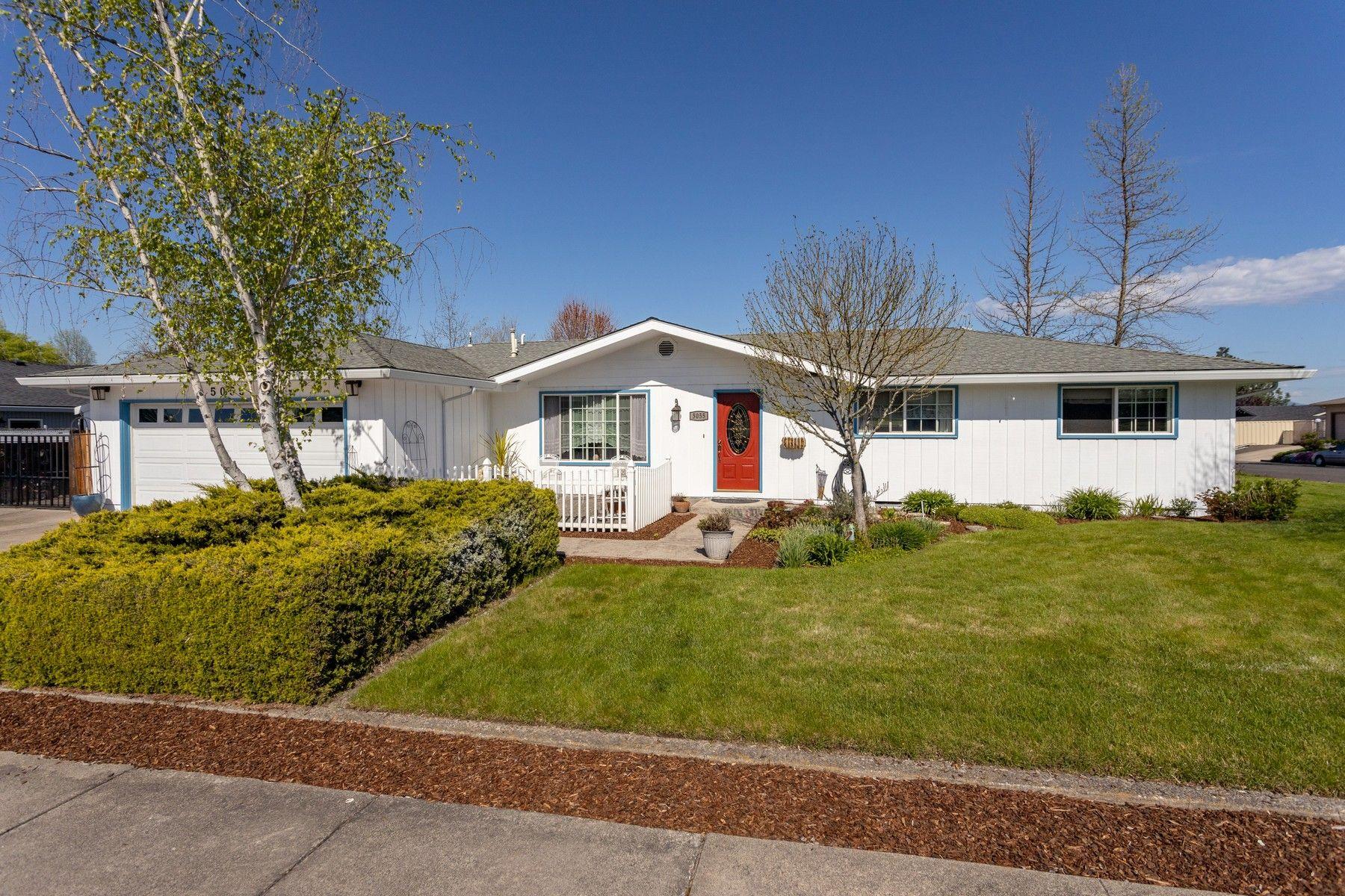 Other Residential Homes για την Πώληση στο 5055 Crestwood Avenue Central Point, OR 97502 Central Point, Ορεγκον 97502 Ηνωμένες Πολιτείες