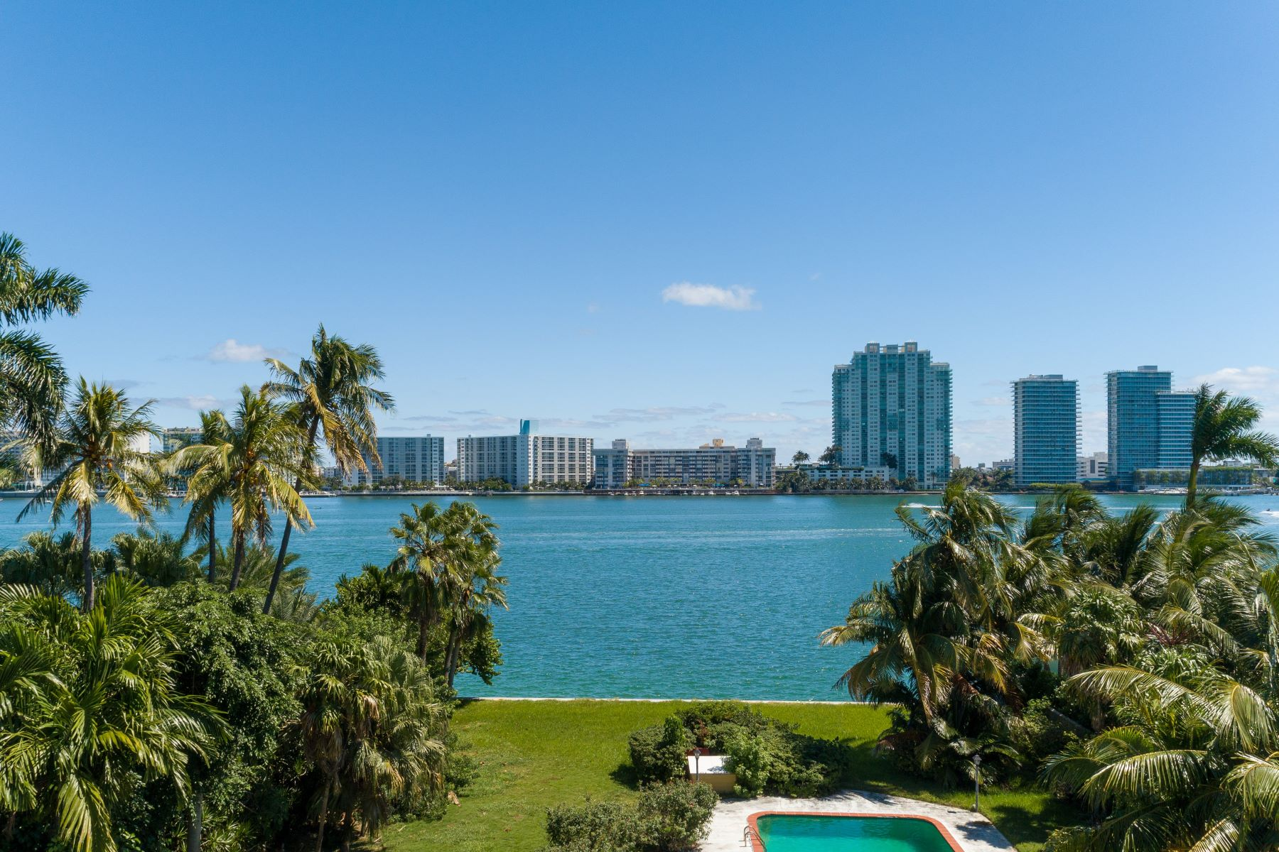 Single Family Homes for Sale at 34 Star Island Dr Miami Beach, Florida 33139 United States