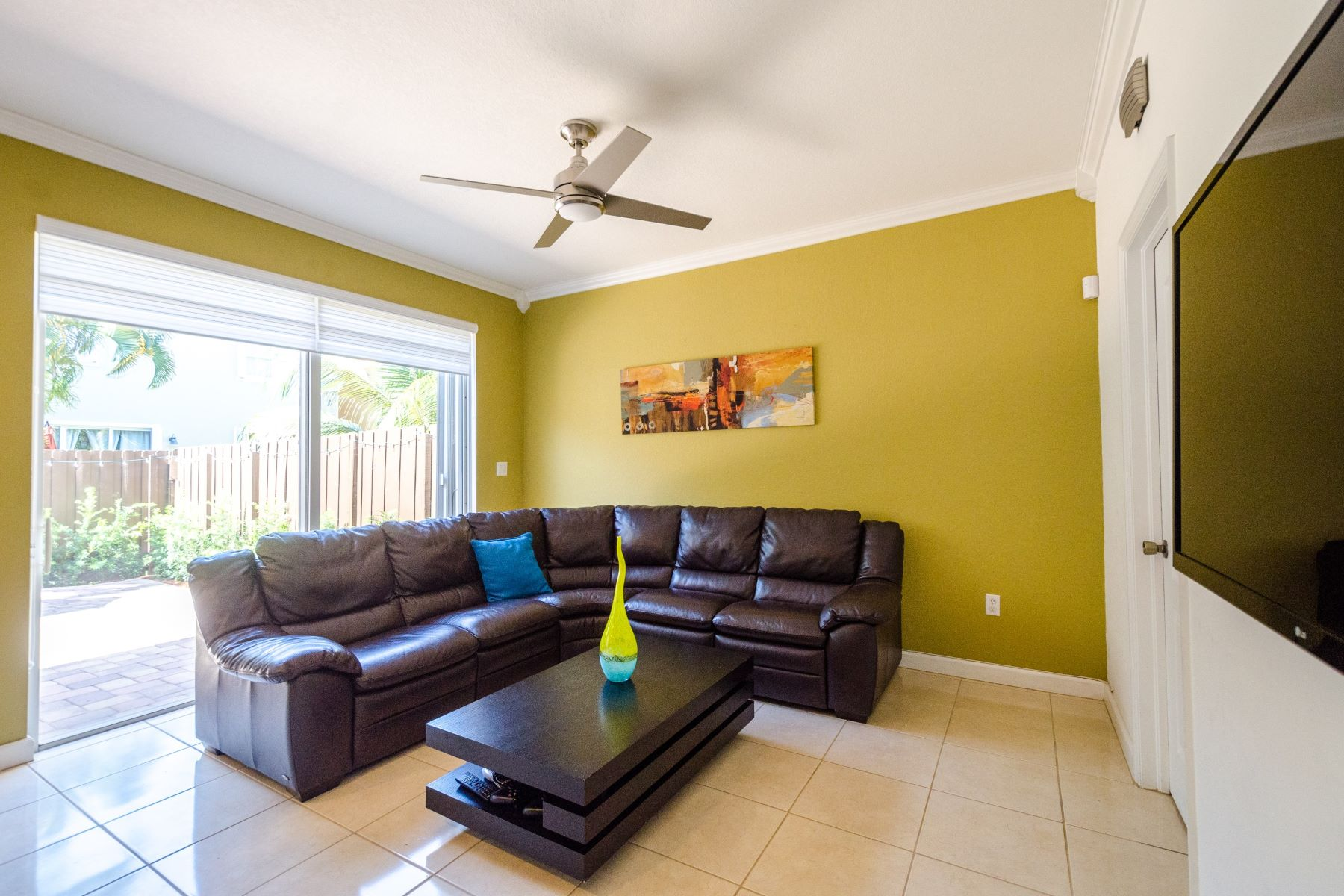 townhouses for Active at 11213 Nw 74th Ter, Doral, FL 11213 Nw 74th Ter Doral, Florida 33178 United States