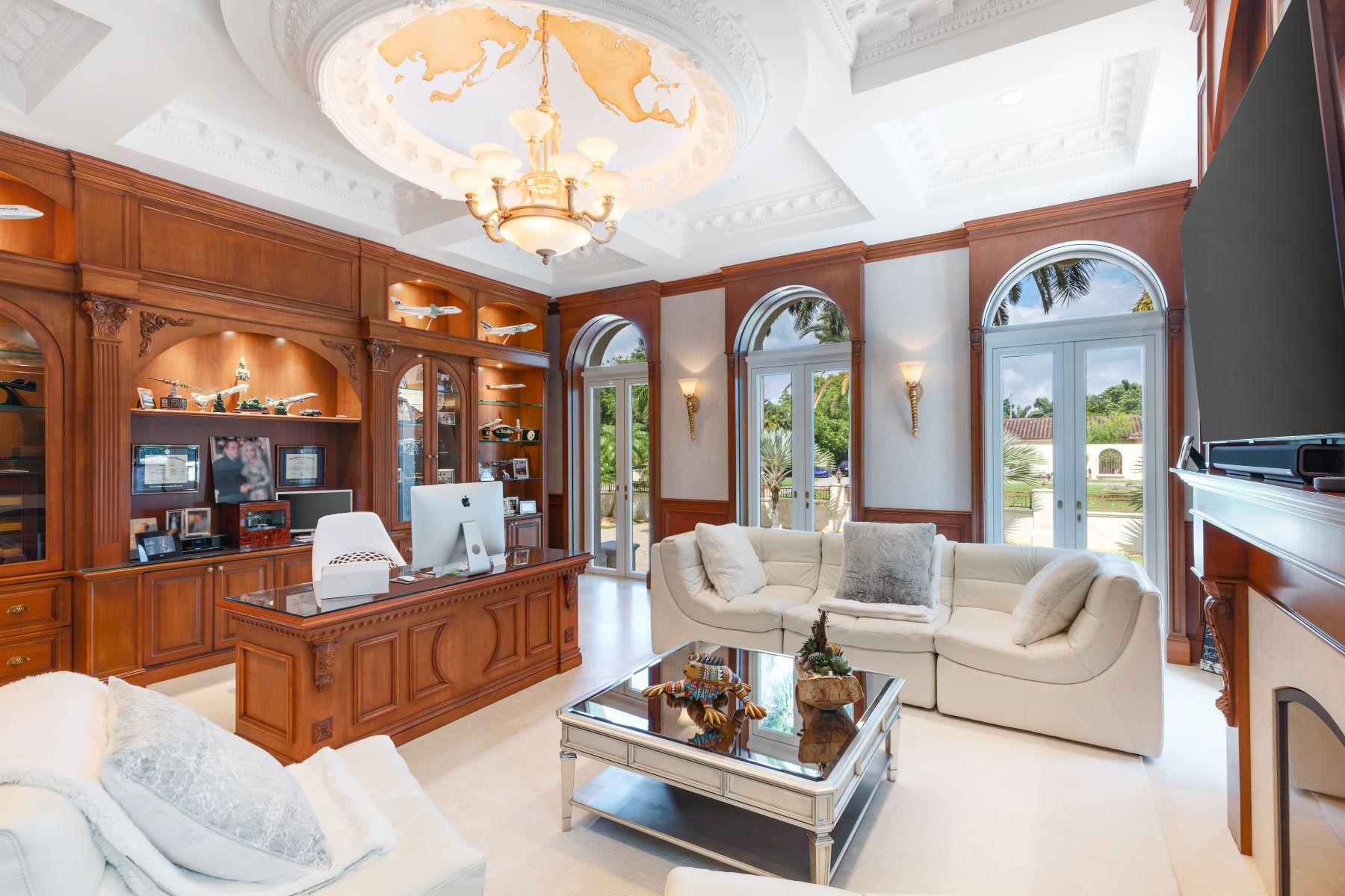 Additional photo for property listing at 530 Arvida Pkwy 科勒尔盖布尔斯, 佛罗里达州 33156 美国