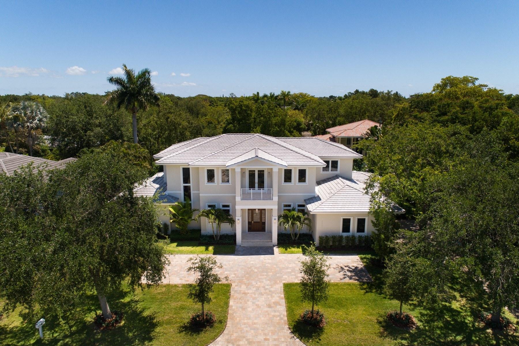 Single Family Homes por un Venta en 11701 Sw 69th Ct, Pinecrest, FL 11701 Sw 69th Ct Pinecrest, Florida 33156 Estados Unidos