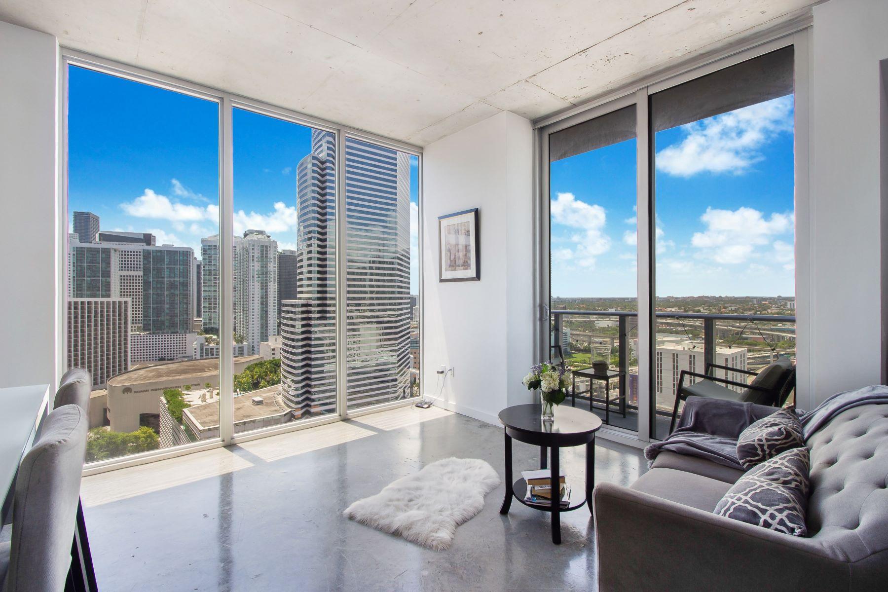 Condominiums por un Venta en 151 Se 1st St 2311 Miami, Florida 33131 Estados Unidos