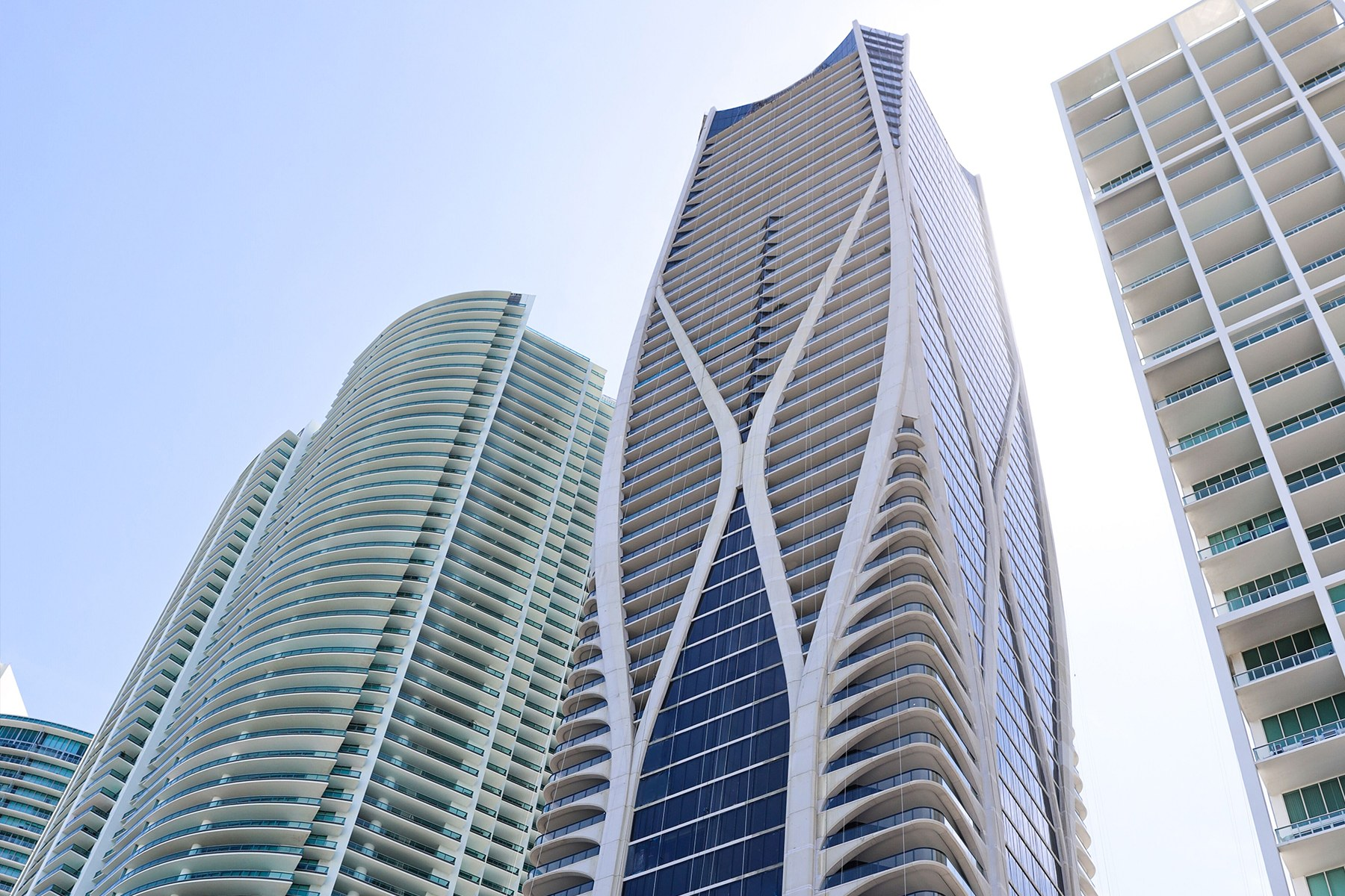 Condominiums для того Продажа на 1000 Biscayne Blvd 5001-full floor, Miami, Флорида 33132 Соединенные Штаты