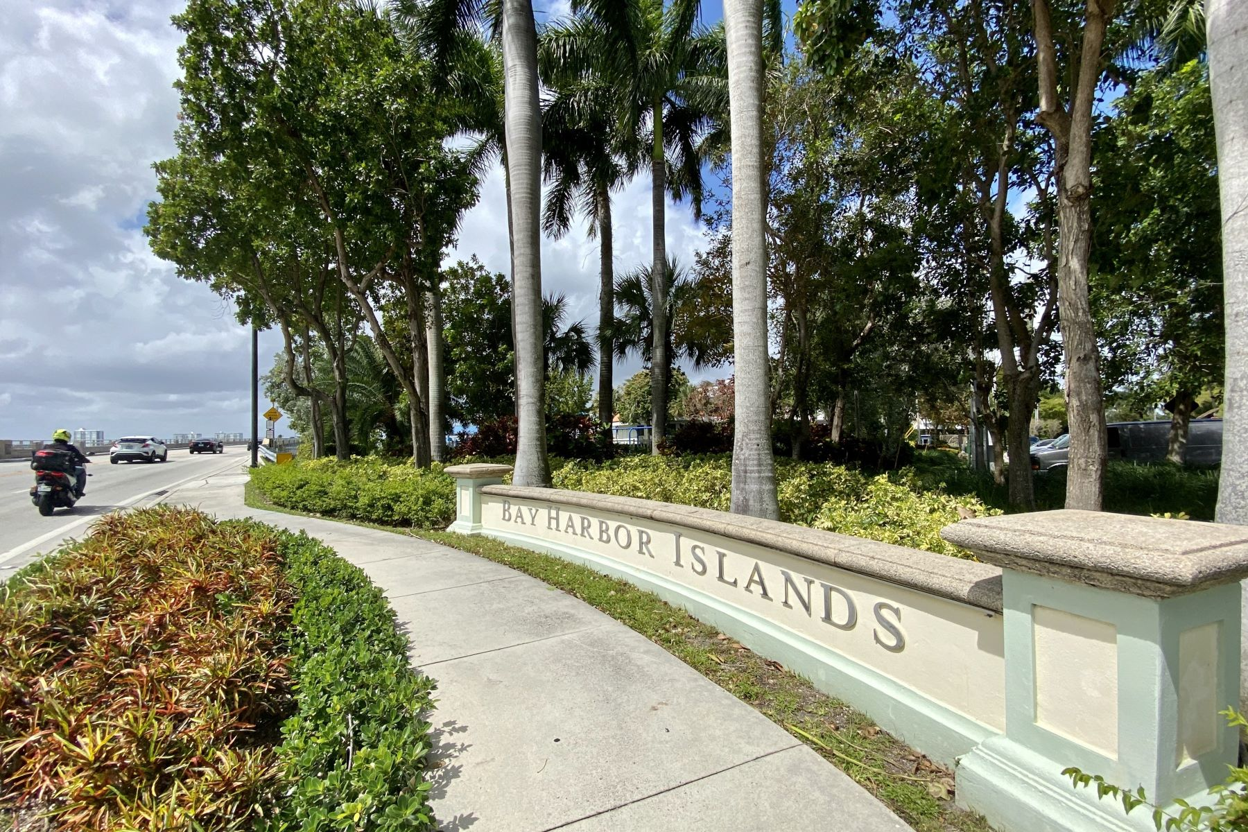 for Active at 1361 96th St Bay Harbor Islands, Florida 33154 United States