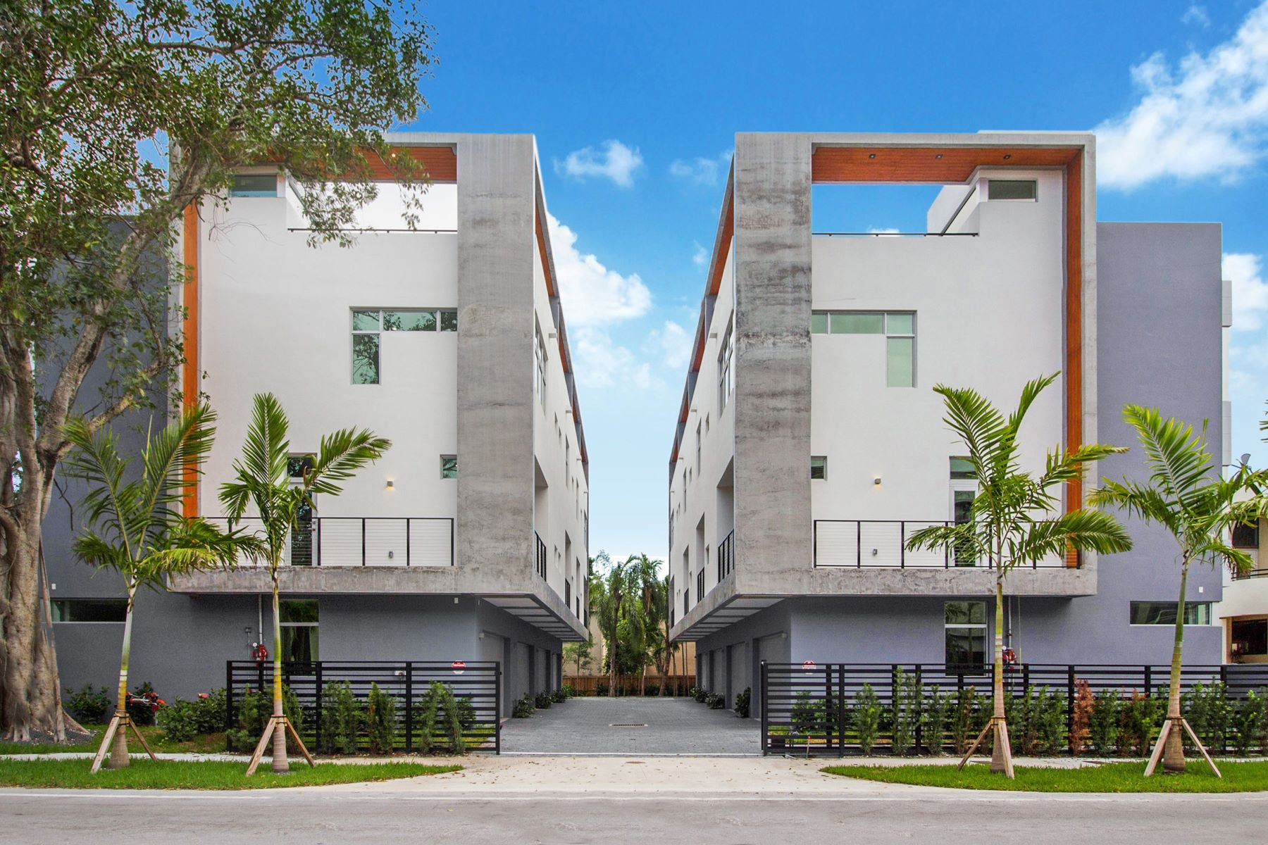townhouses 为 销售 在 2926 Bird Avenue 1 椰树林, 佛罗里达州 33133 美国