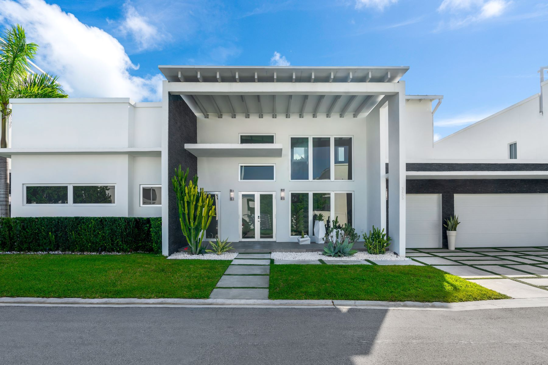 Single Family Homes for Active at 3455 Nw 82nd Ct, Doral, FL 3455 Nw 82nd Ct Doral, Florida 33122 United States