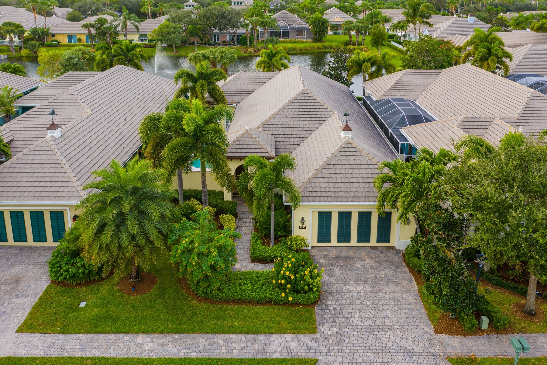 Single Family Homes for Sale at 9215 Spring Time Drive Vero Beach, Florida 32963 United States