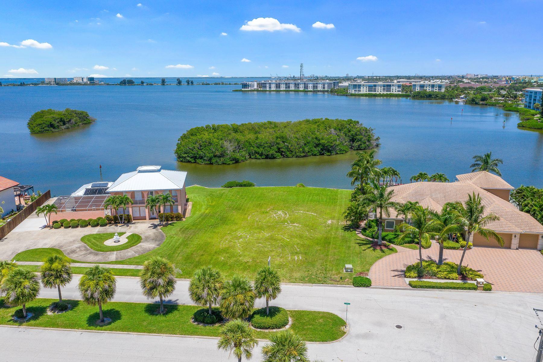 103 St Croix Avenue, Cocoa Beach, FL 103 St Croix Avenue Cocoa Beach, Florida 32931 Förenta staterna