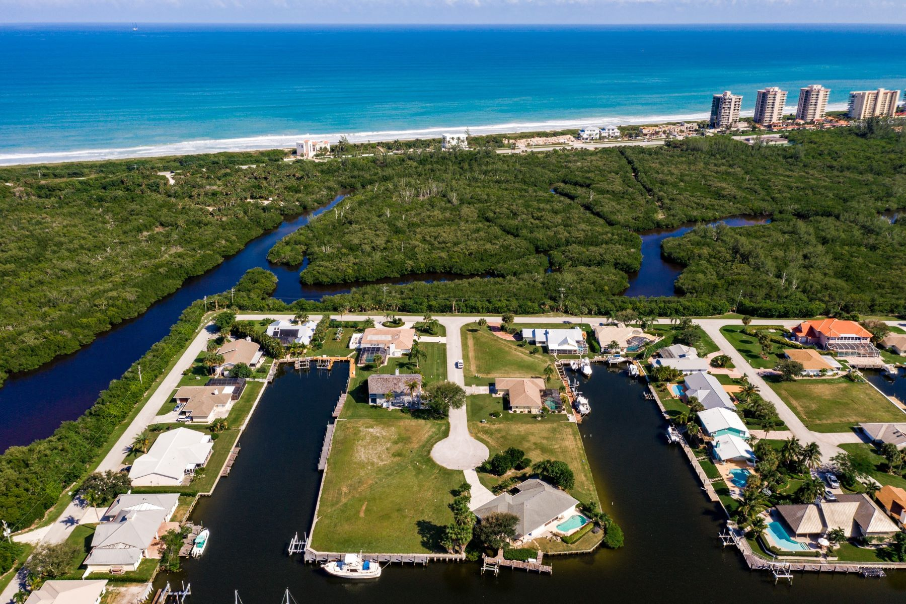 Land for Sale at 15 Crown Court Hutchinson Island, Florida 34949 United States