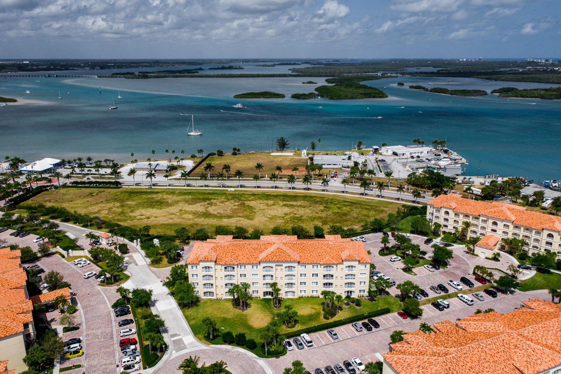 37 Harbour Isle Drive 37 Harbour Isle Drive 203 Fort Pierce, Florida 34949 Vereinigte Staaten
