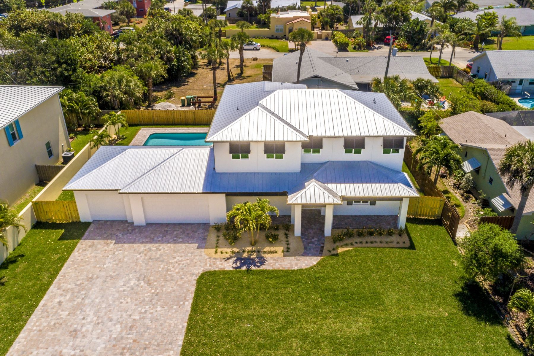 Single Family Homes for Active at 111 12th Avenue Indialantic, Florida 32903 United States