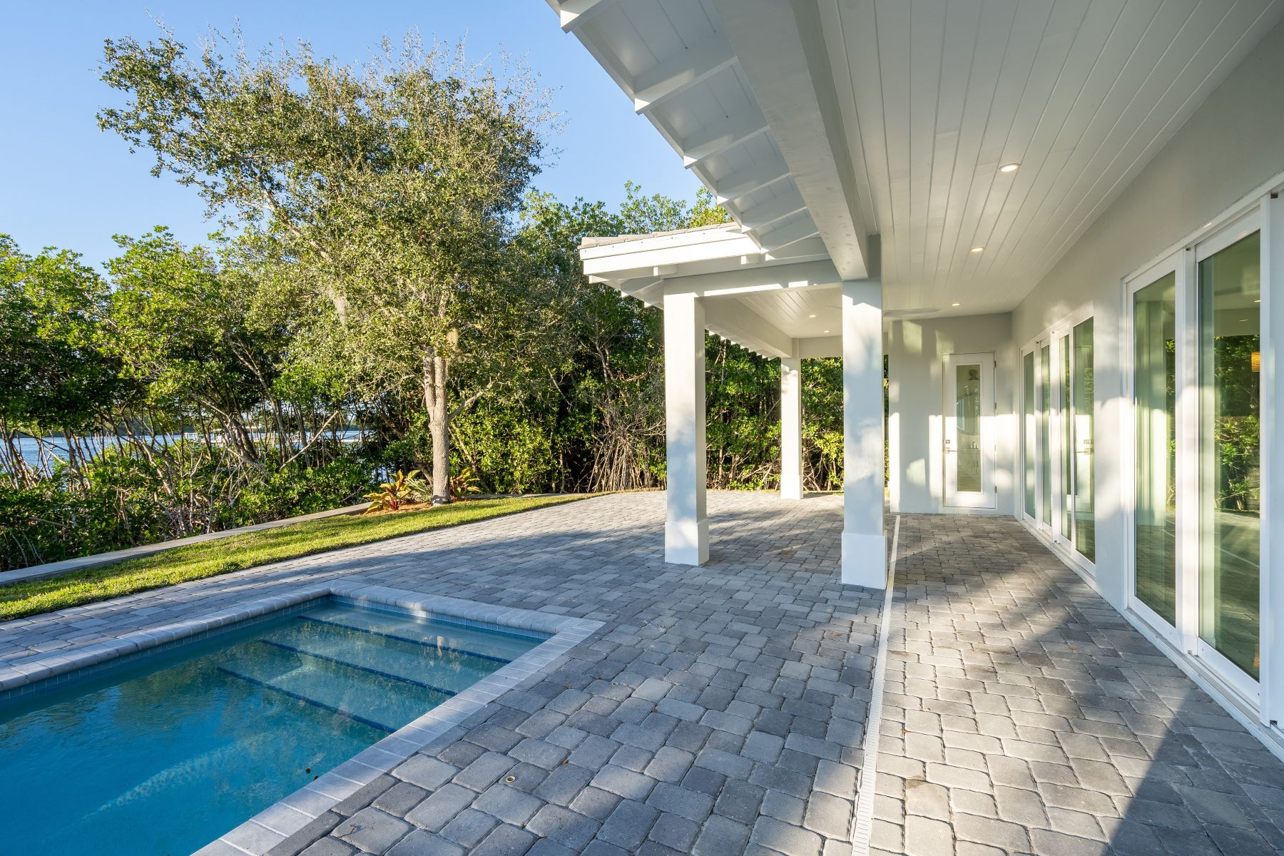 Additional photo for property listing at 1409 Old Winter Beach Road Indian River Shores, Florida 32963 United States
