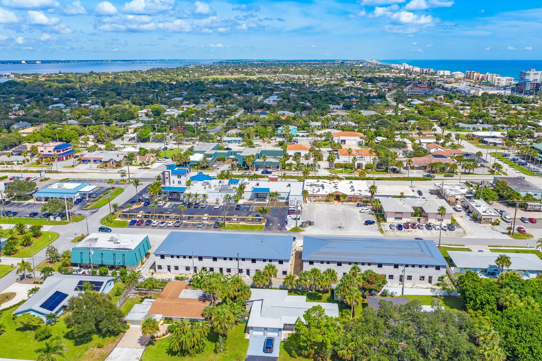 townhouses 為 出售 在 225 6th Avenue, # 213, Indialantic, FL 225 6th Avenue, # 213 Indialantic, 佛羅里達州 32903 美國