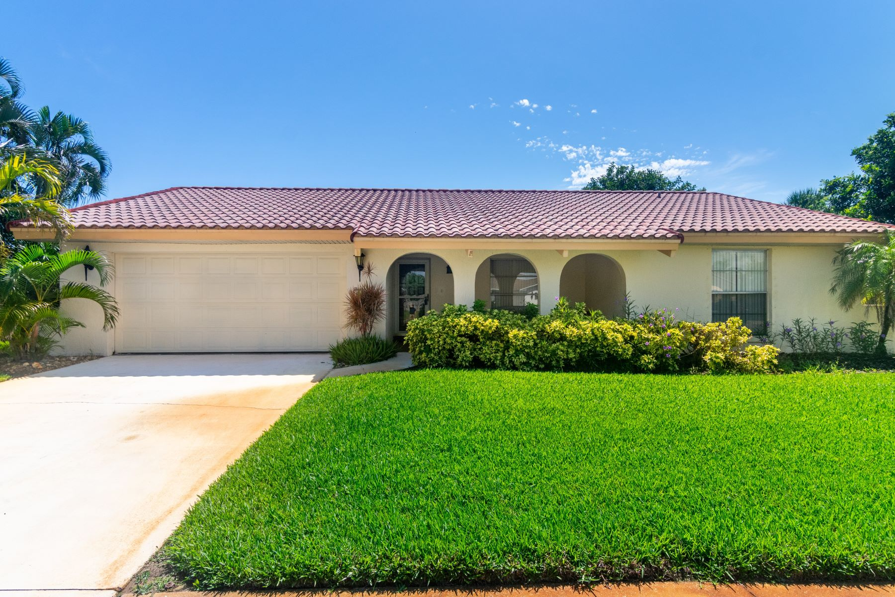 Single Family Homes for Sale at 535 Temple Street, Satellite Beach, FL 535 Temple Street Satellite Beach, Florida 32937 United States